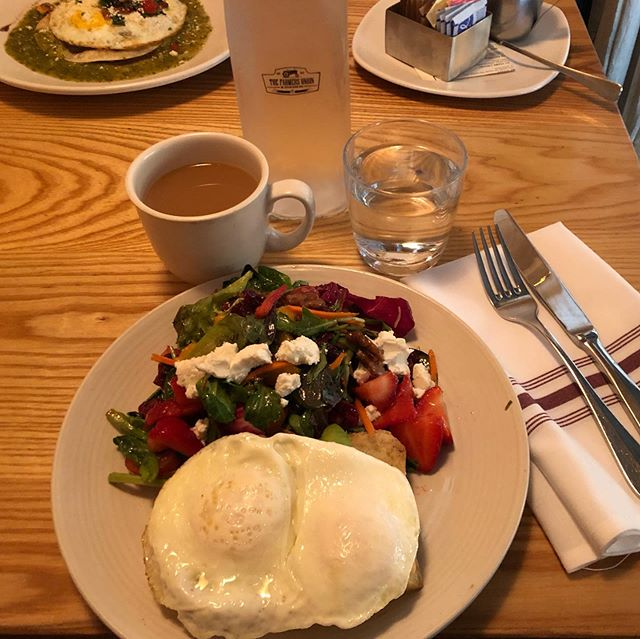 Morning meetings are best over brunch @thefarmersunion @zingpopsocial