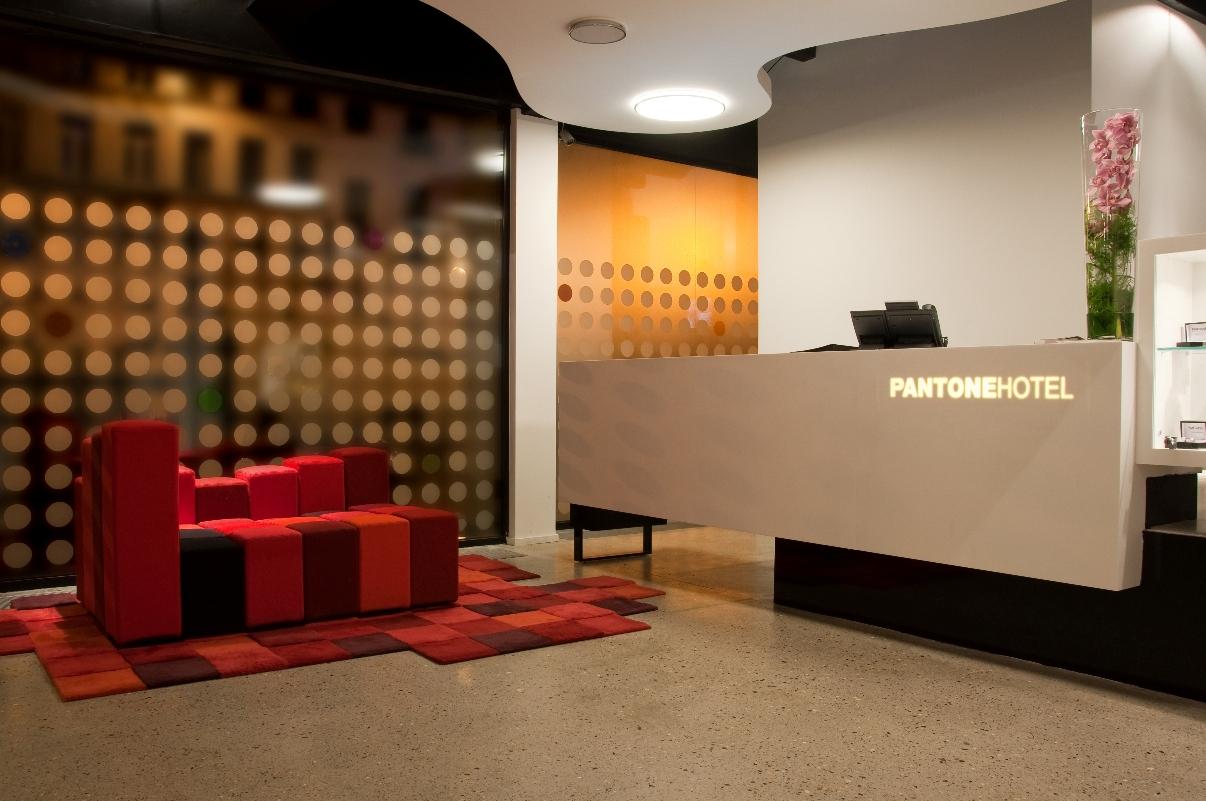 pantone-12.jpg