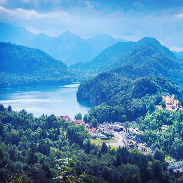 The 19th century Hohenschwangau castle built in an incredibly picturesque Bavaria  #castle #hohenschwangau #bavaria #schwangau #germany #mountains #picturesque