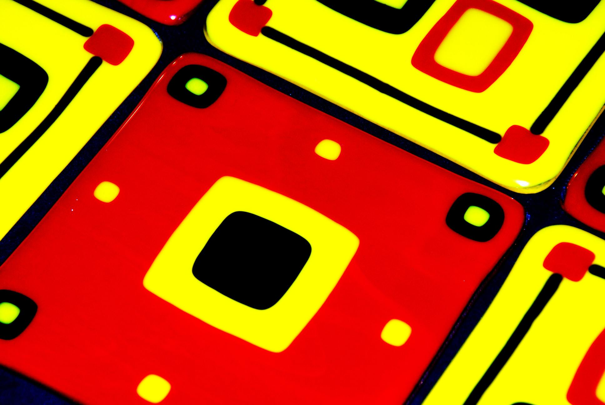 red and gold fused glass tiles amish style.JPG