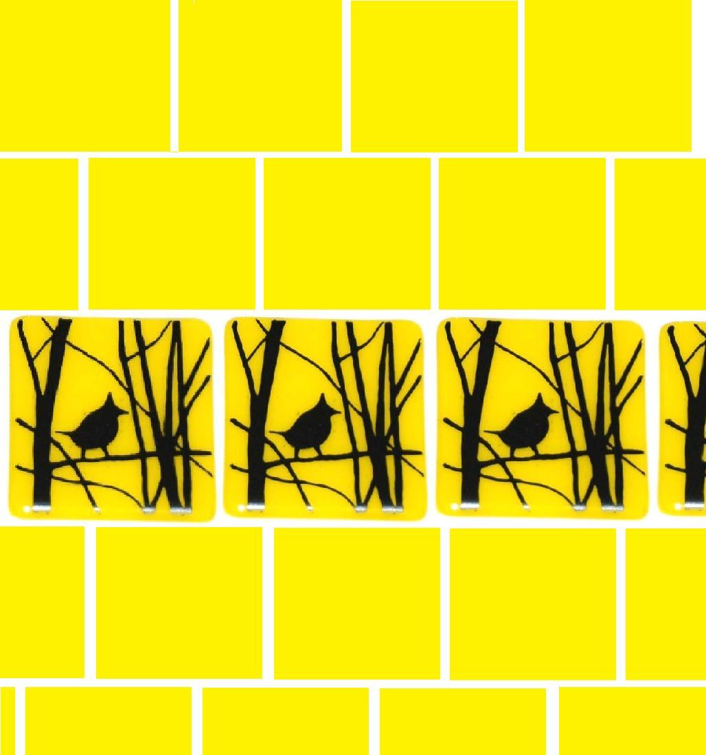 yellow jays in a row.jpg