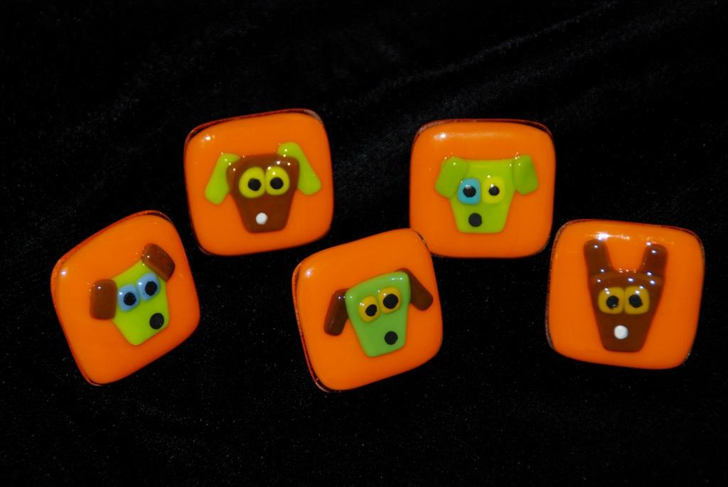 five orange dog pulls.jpg