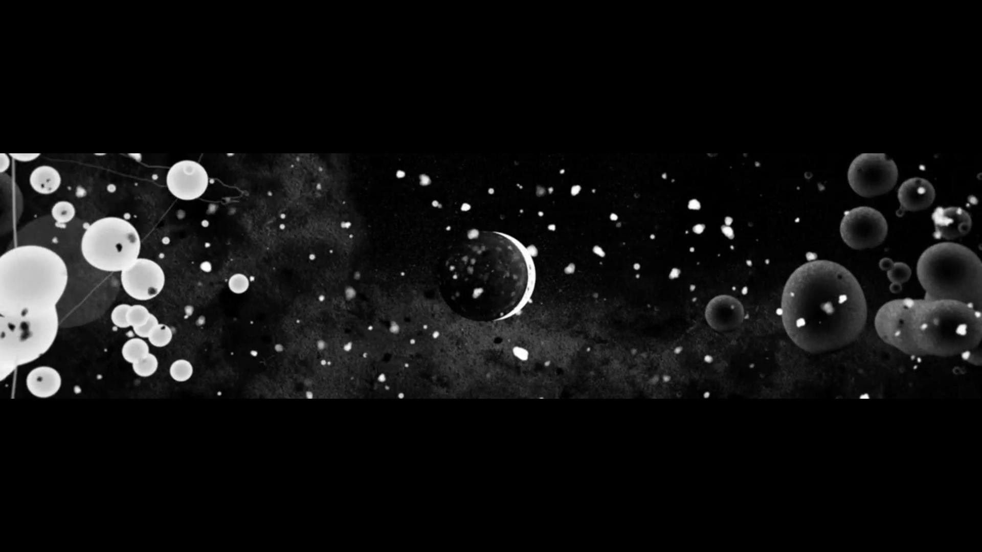The mystified kissing of the astro: Kiss : Joseph Hodgson & Franck Aubry