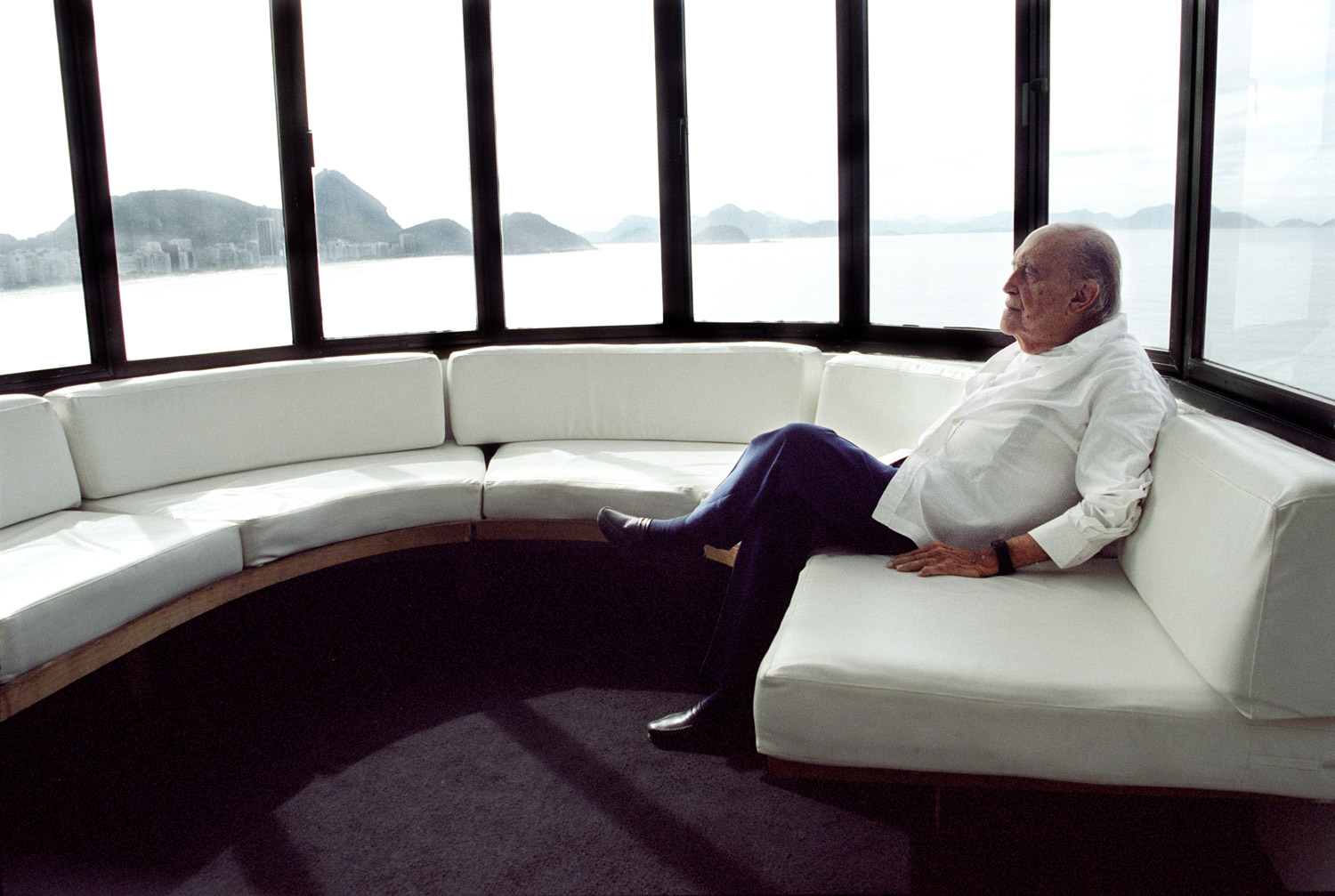 Niemeyer at his office in Copacabana