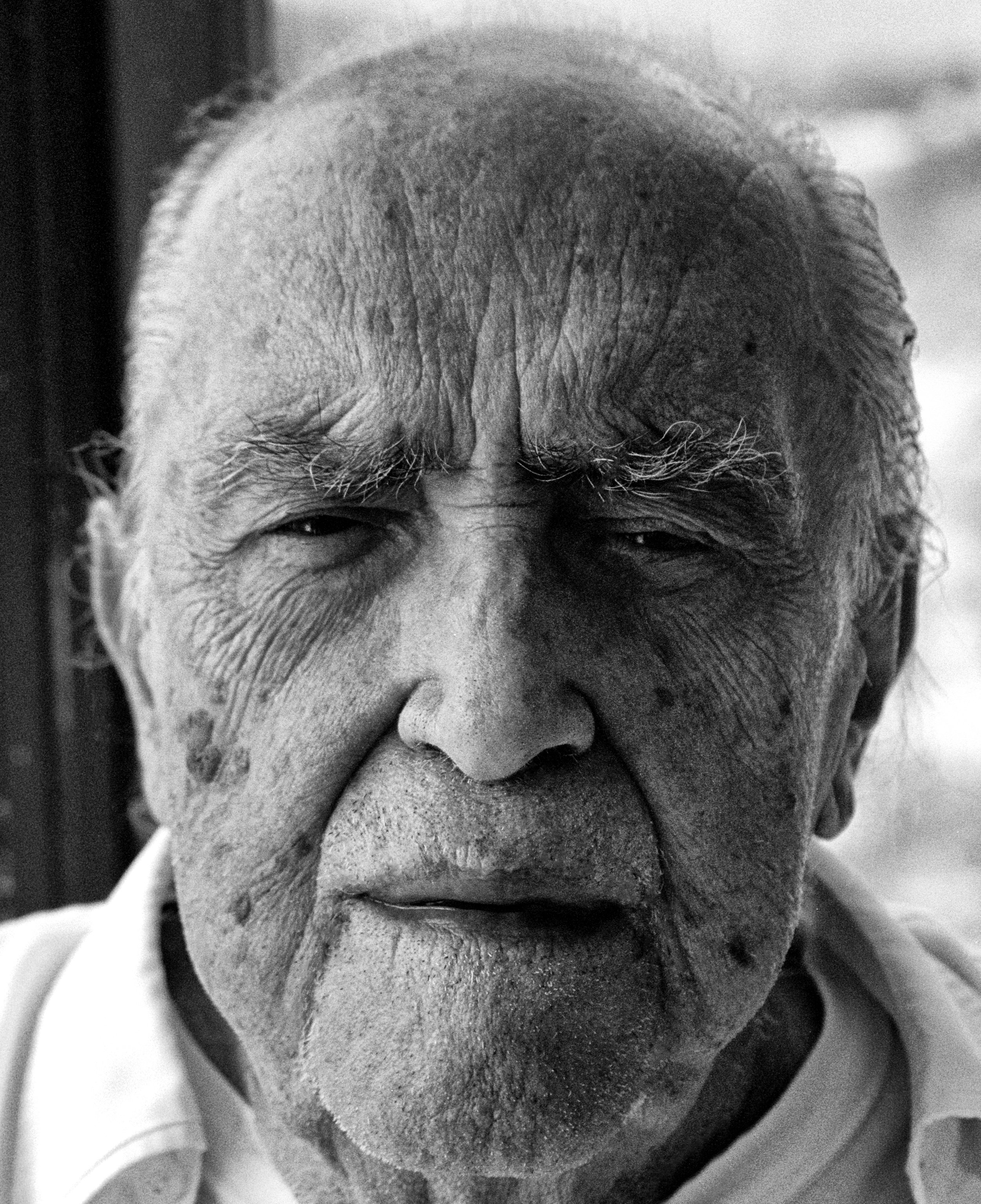 Oscar Niemeyer,Close-up_B&W.jpg