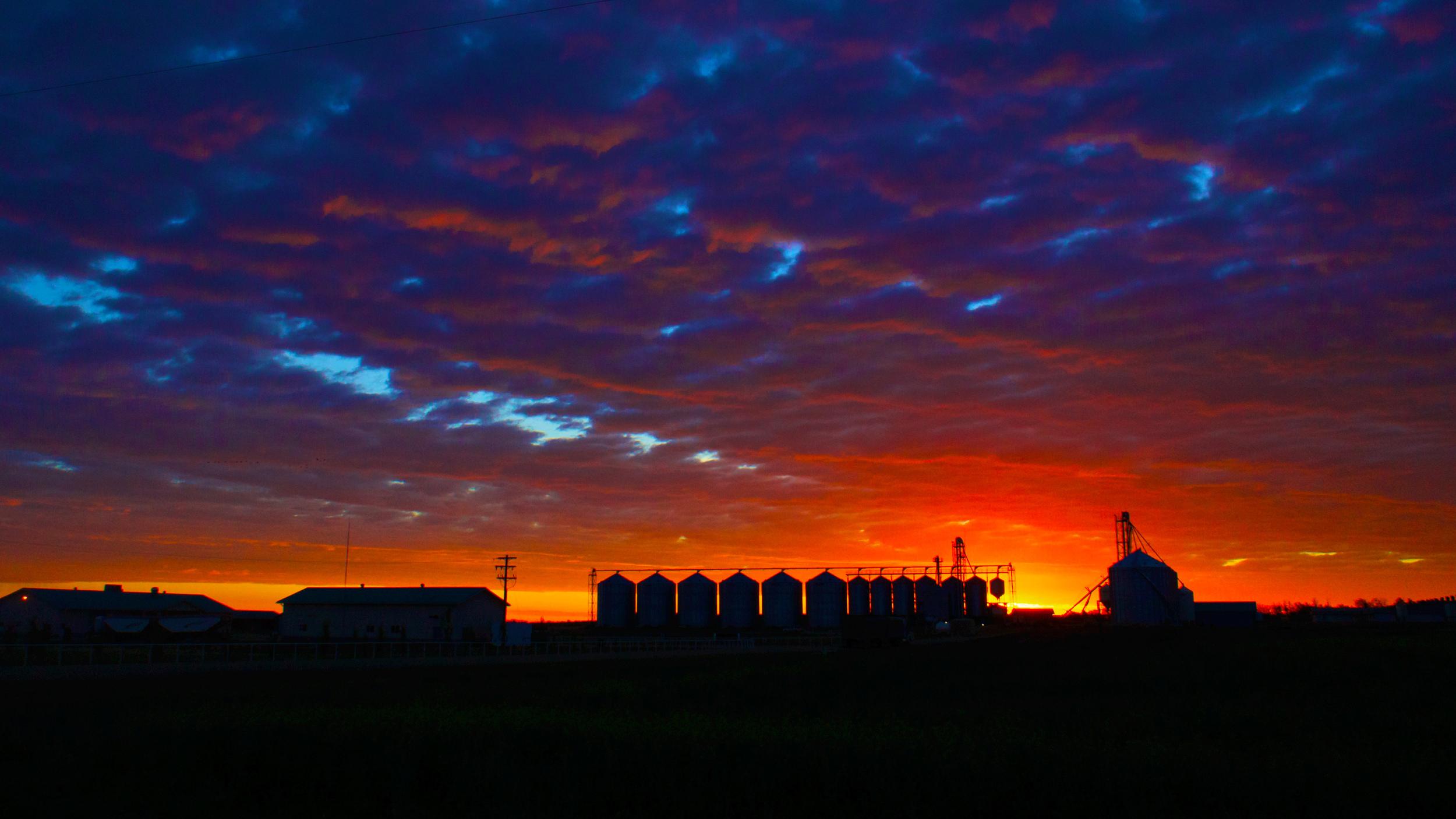 farm sunrise 1.jpg