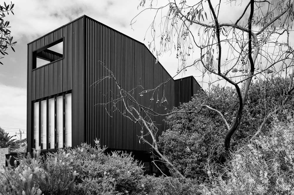 RG Whale House 07.jpg