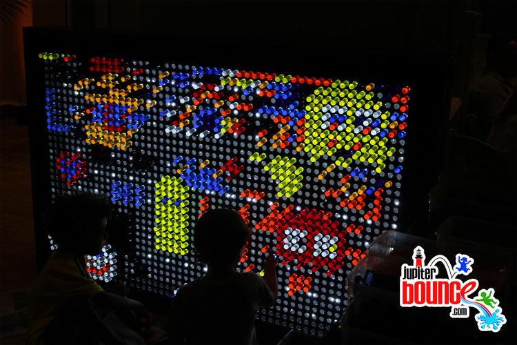 lightbright-lightgame-steamgame-interactivegame-jupiterbounce.jpg