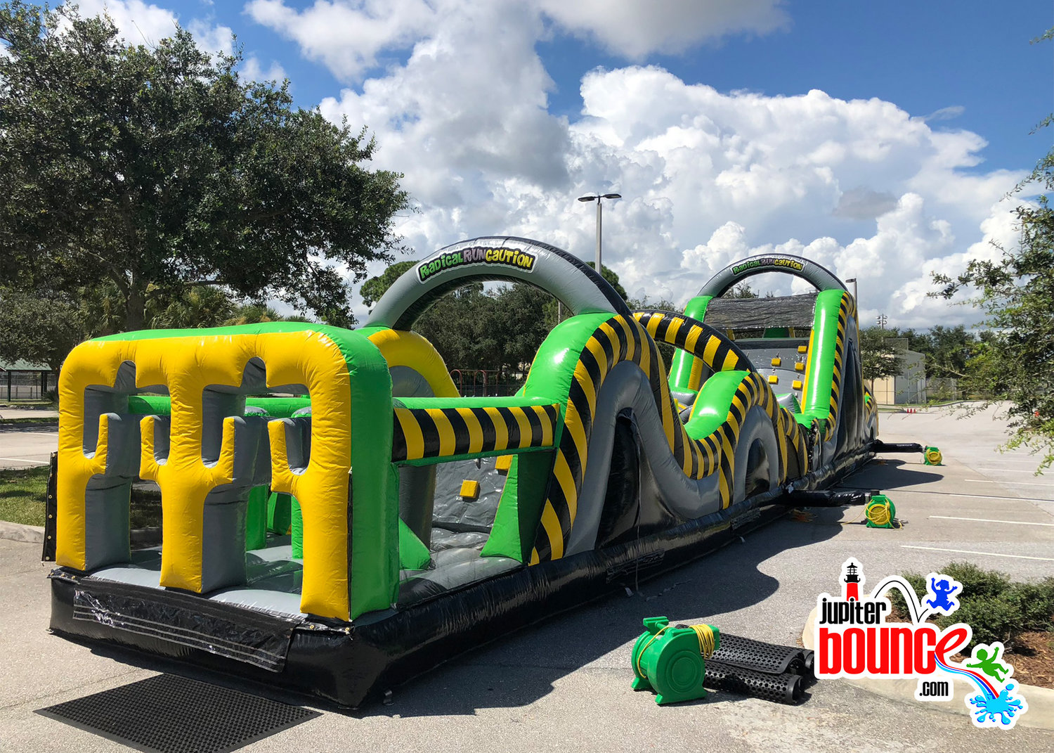 65ftobstaclecourse-jupiterbouncehouse-palmbeachgardensroclwall-photoboothrental.jpg