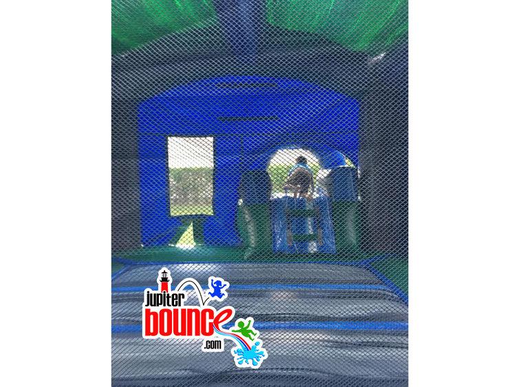 minibluecrush-combobouncehouses-toddlerbirthdaypartyjupiter-palmbeachdunktank-martincountywatersliderental-partyplanning.jpg