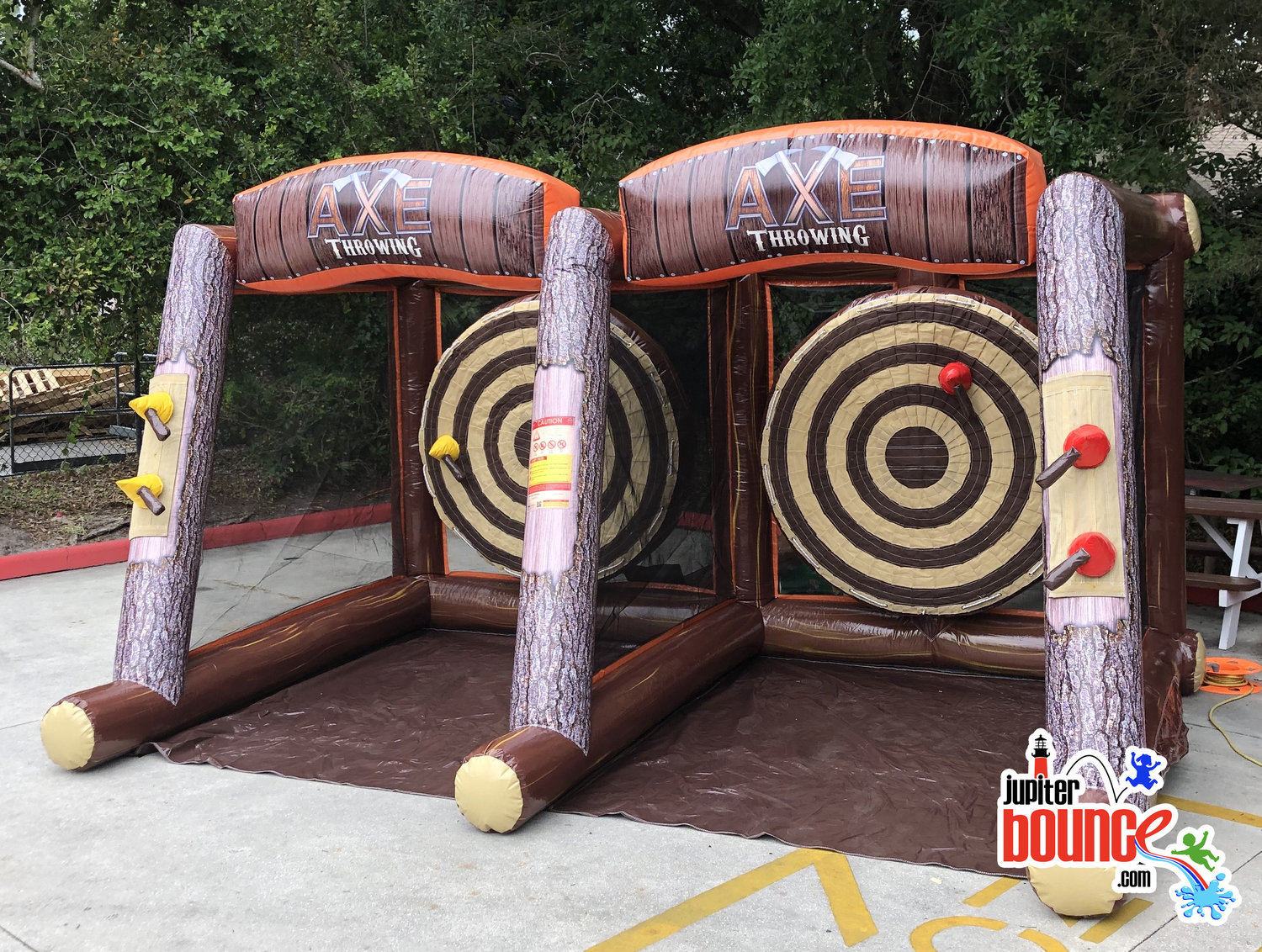 lumberjack-safeaxethrowing-inflatablepartyrental-jupiterfarms-stuart-junobeach-carlinpark-portstlucie.jpg