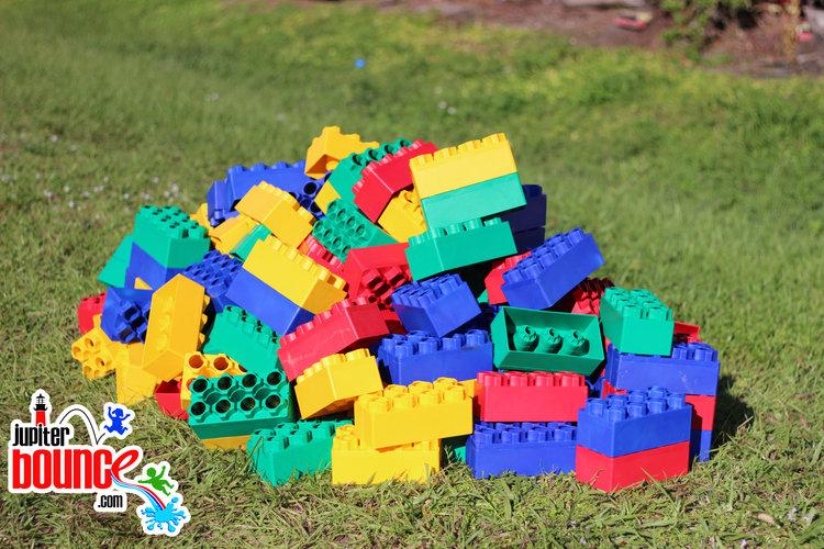 giantlegos-jupiterpartyrental-buildingblocks-westpalmbeach-wpbevents-toys.jpg