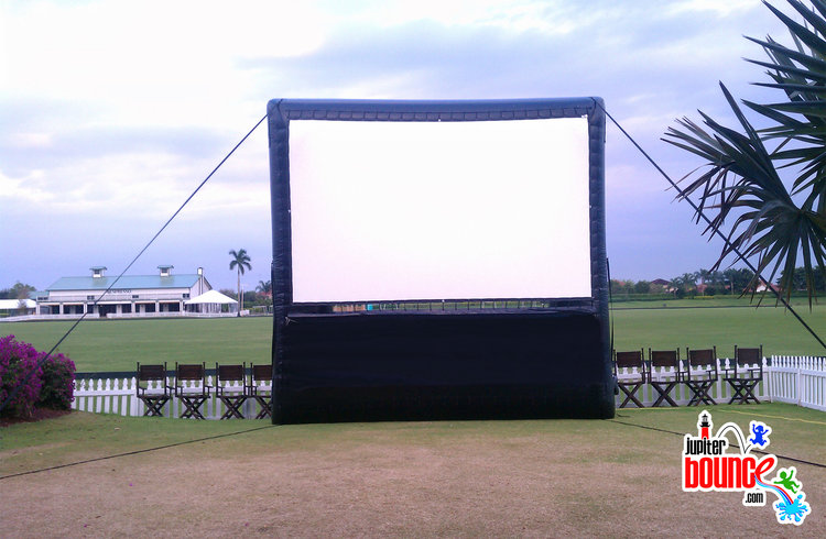 giantmoviescreen-movietheater-communityevent-backyardparty-jupiter-tequesta-stuart-hobesoundpolicedepartment.jpg