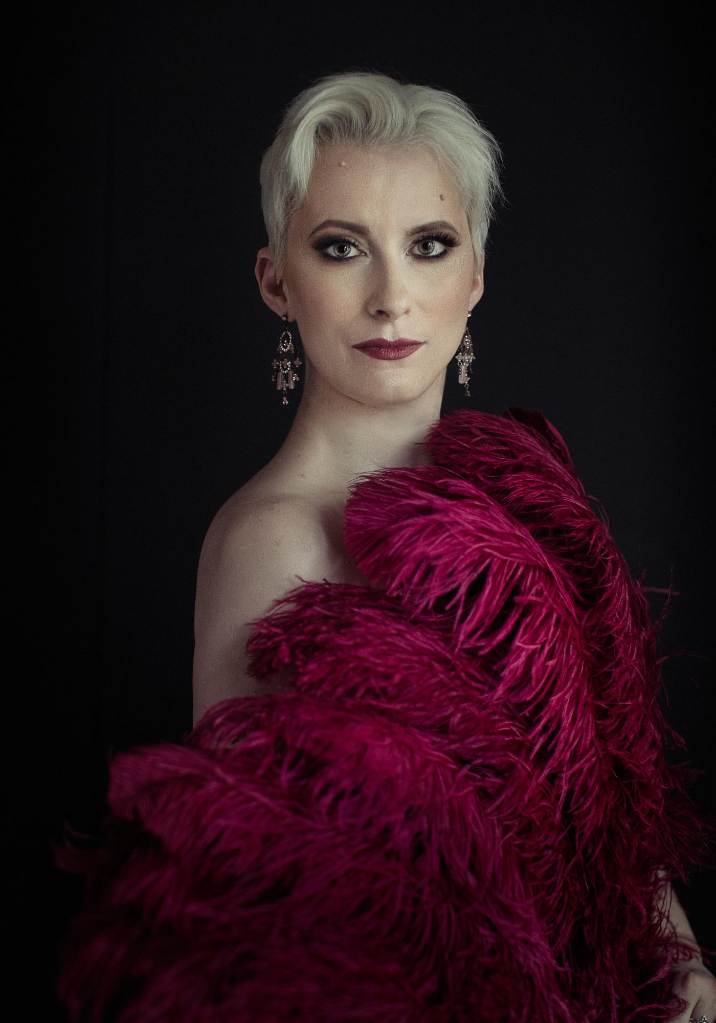 Burlesque Performer Victoria