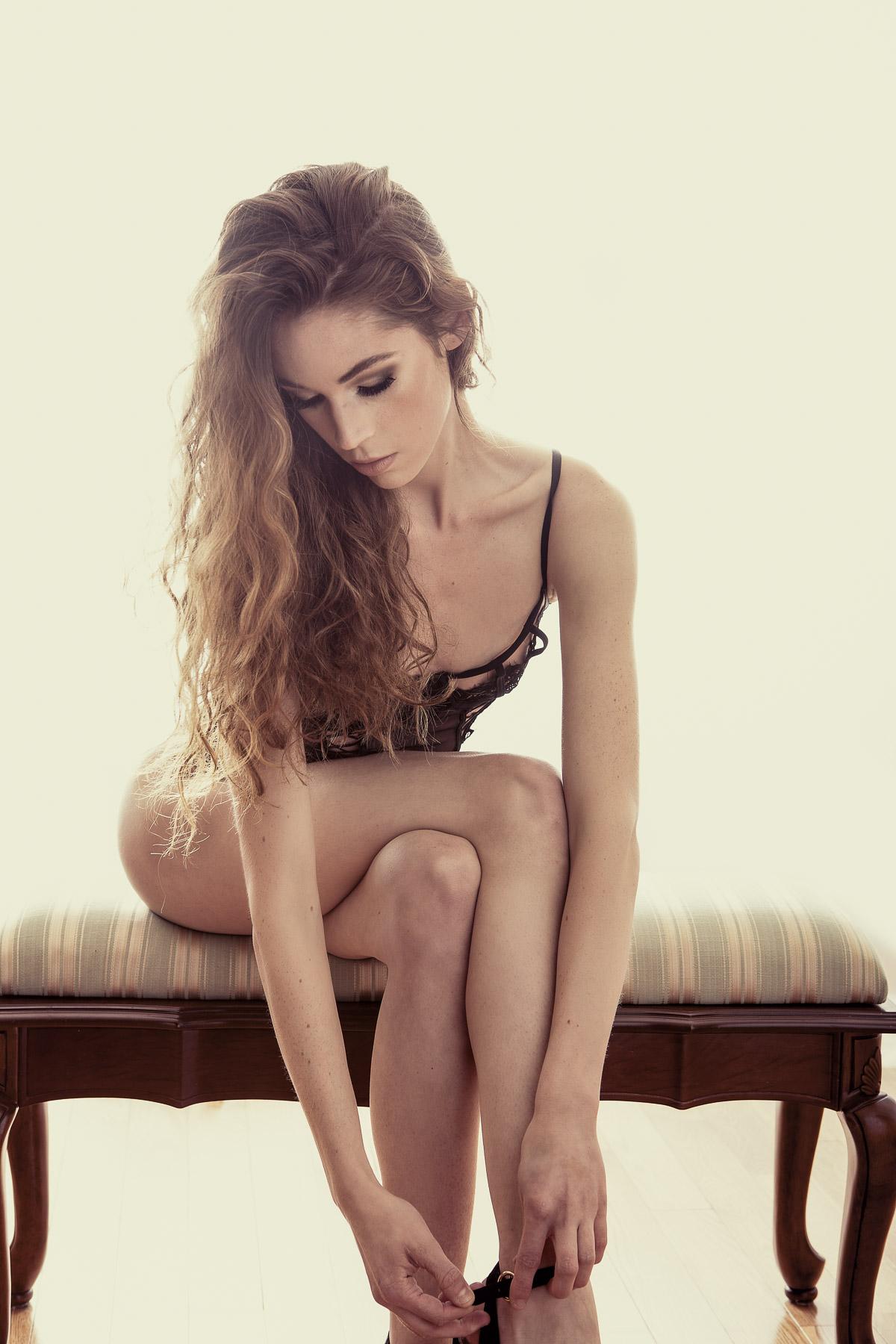 Sexy & Seductive Boudoir Photo - Victoria BC