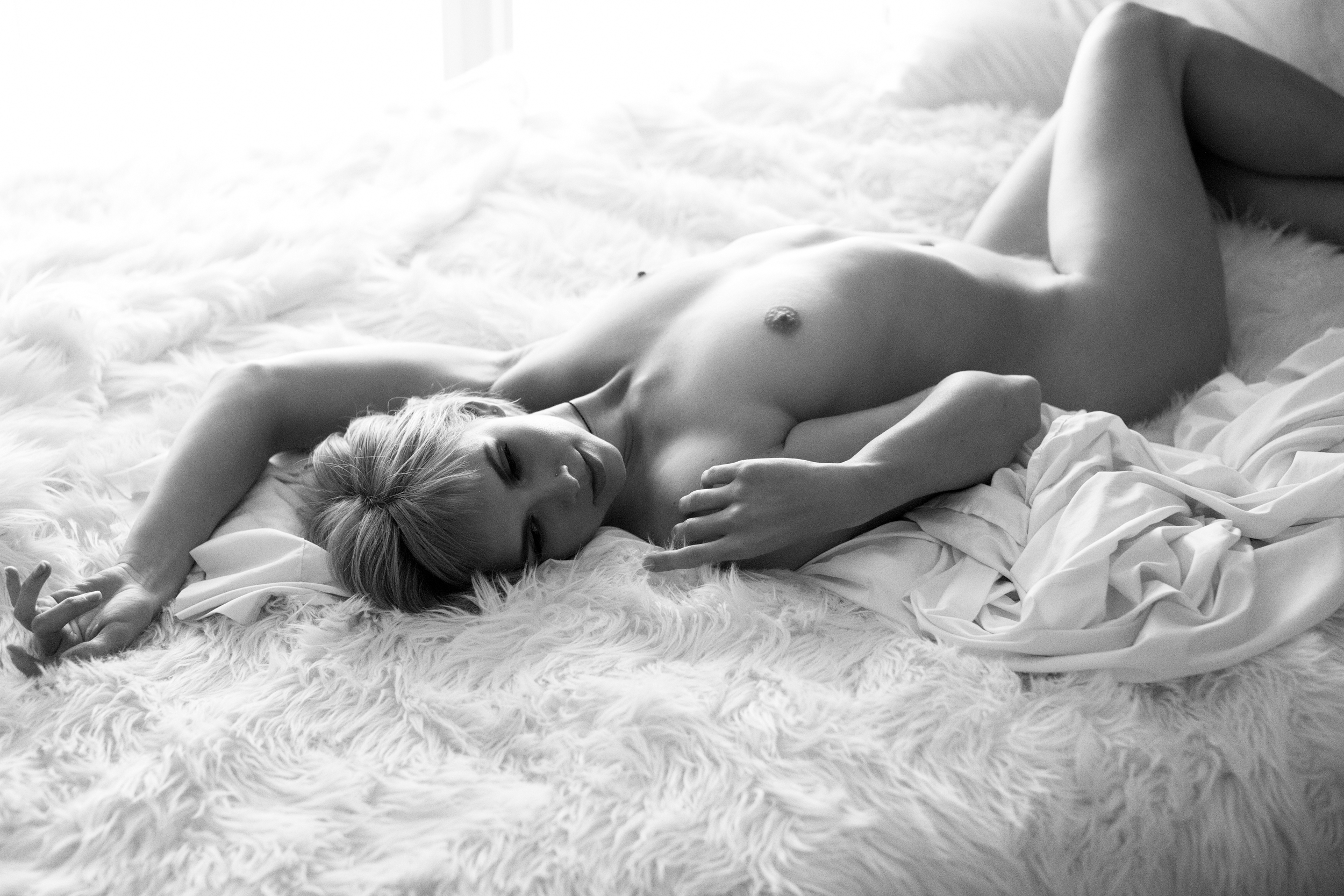Boudoir-Photography-Victoria-Sarah-12.jpg