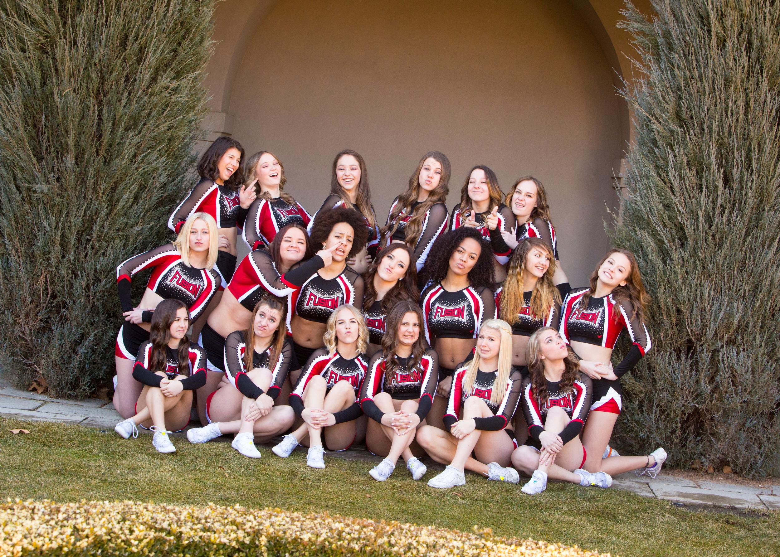 Cheerleaders-377.jpg
