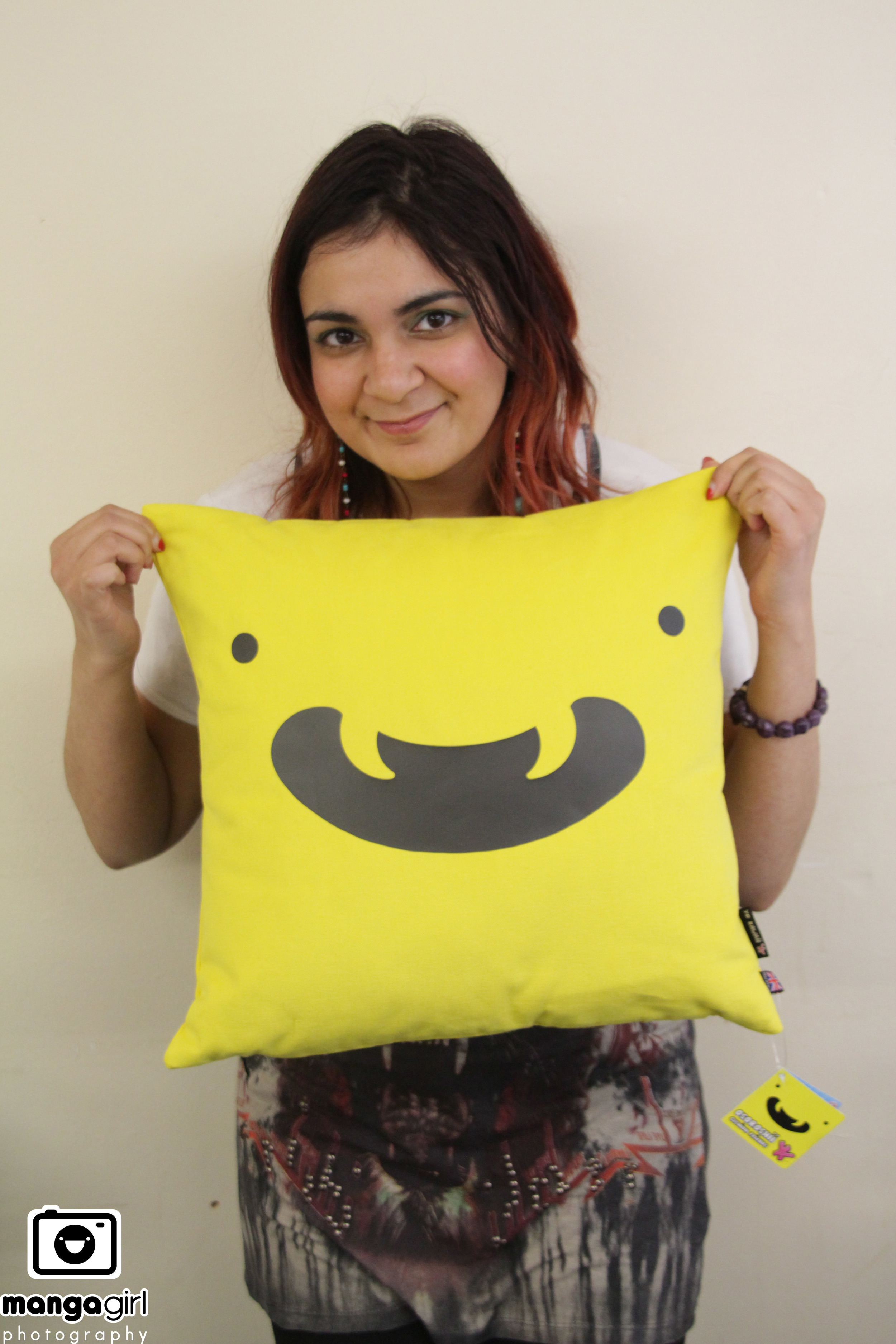 I absolutely love the colour and expression of Cushion friend Osoroshii  <3