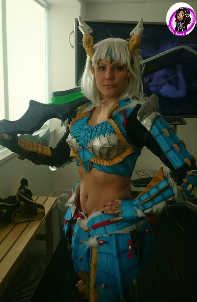 Auraura cosplay