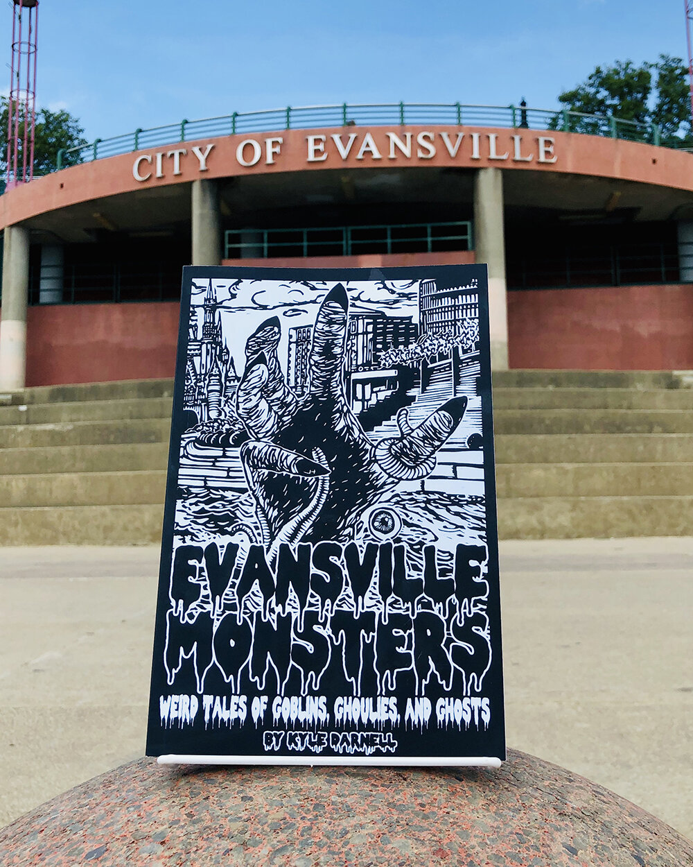 Evansville Monsters: Weird Tales of Goblins, Ghoulies, and Ghosts