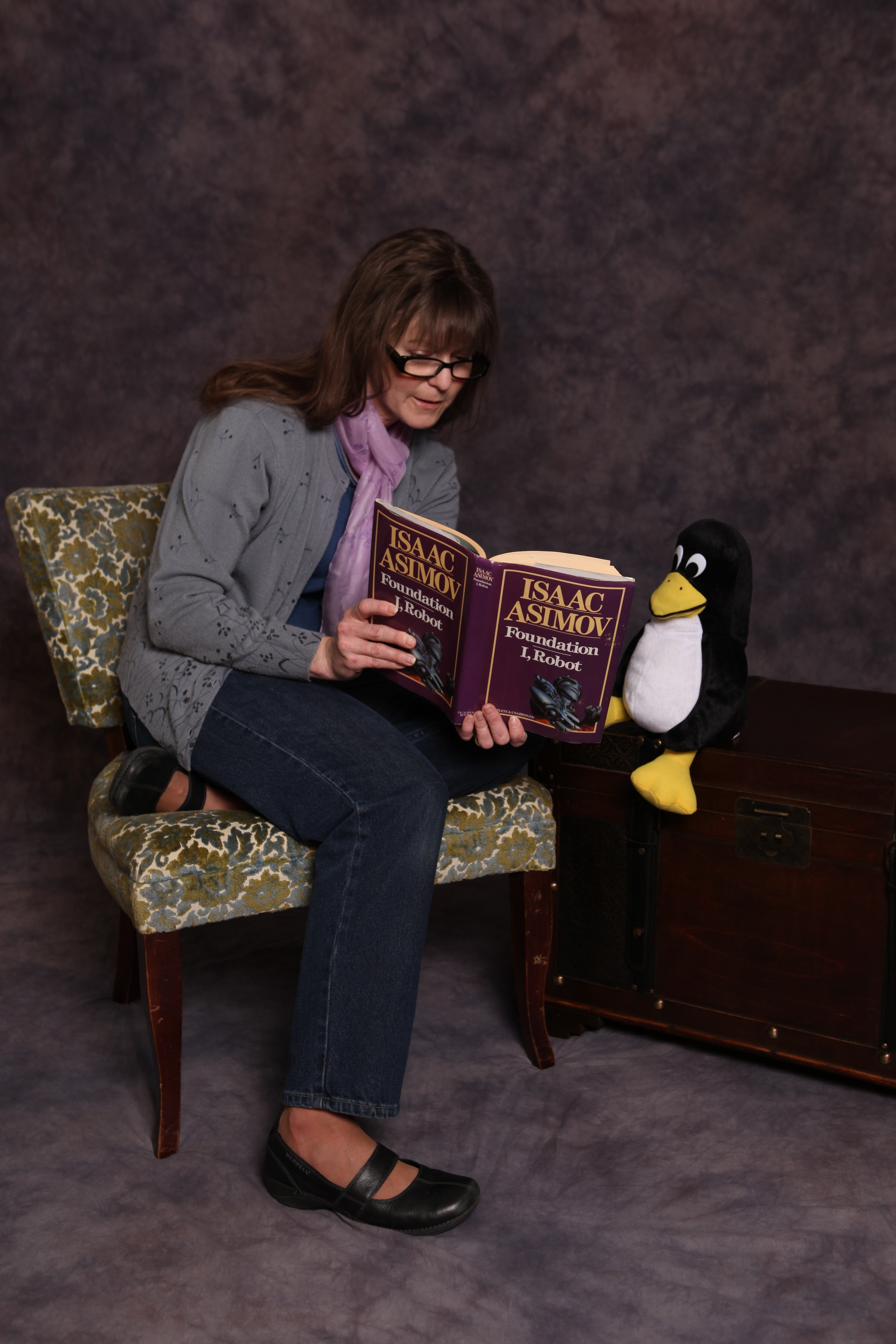 Story time with Tux.