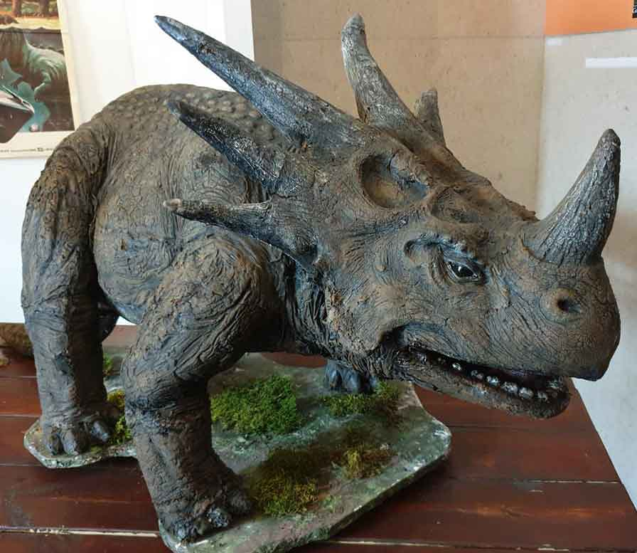 Roger Dicken's  Styracosaurus , as seen at Portsmouth Comic Con in May 2019. Note the massively wide, deep snout and prominent depressions on the frill. Image: Darren Naish.