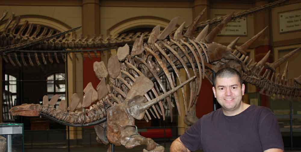 Dr David Hone will be speaking at TetZooCon 2019, and signing his book  The Tyrannosaur Chronicles . Image: (c) David Hone, used with permission.