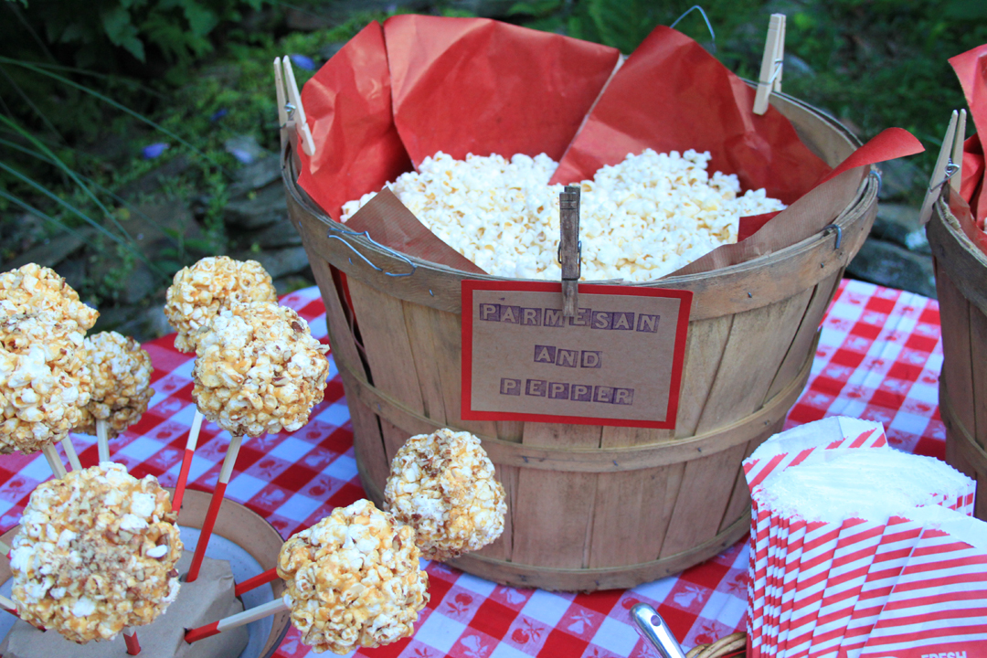 Parmeson and Cracked Pepper Popcorn