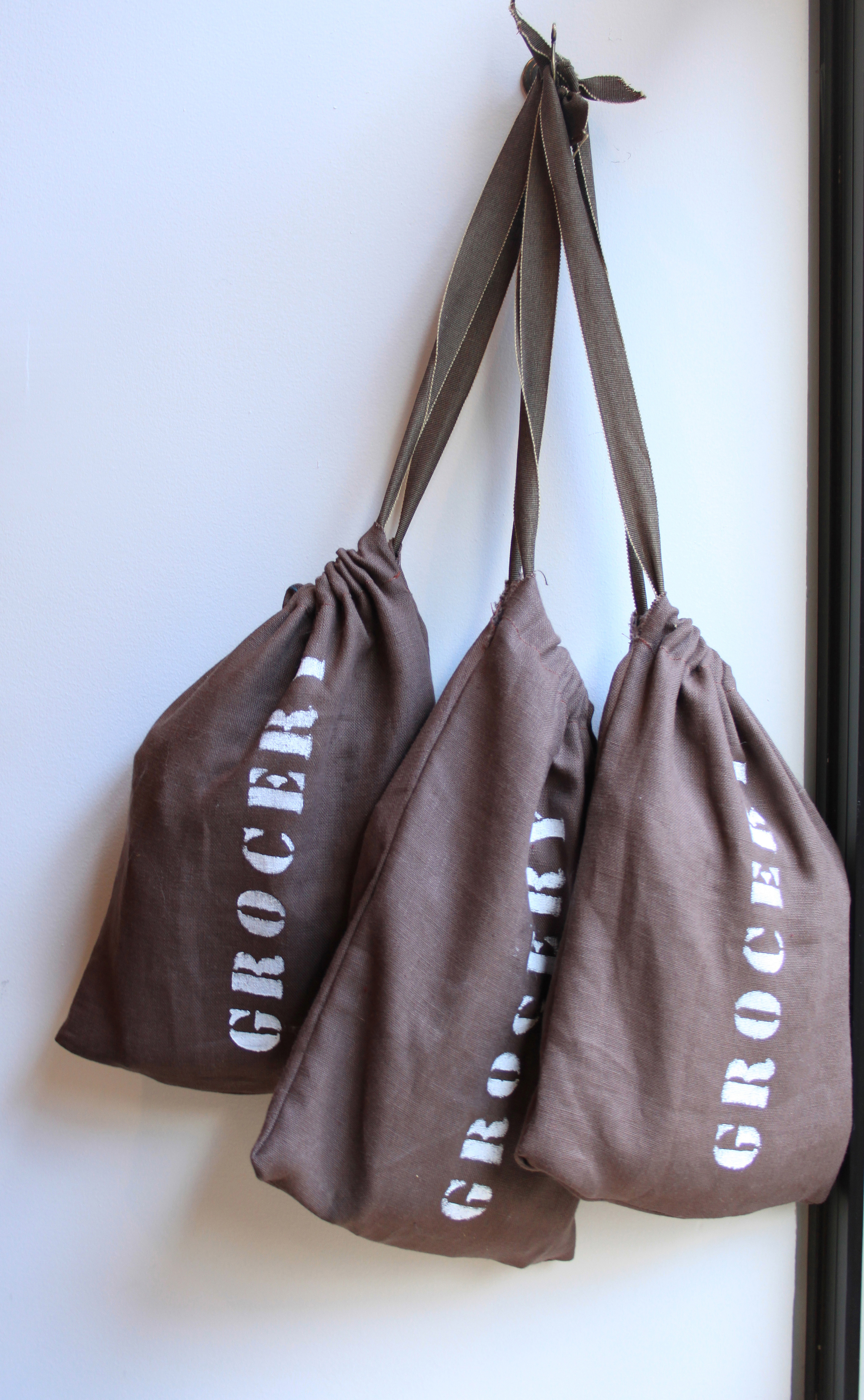 How to make a bag from a pillowcase