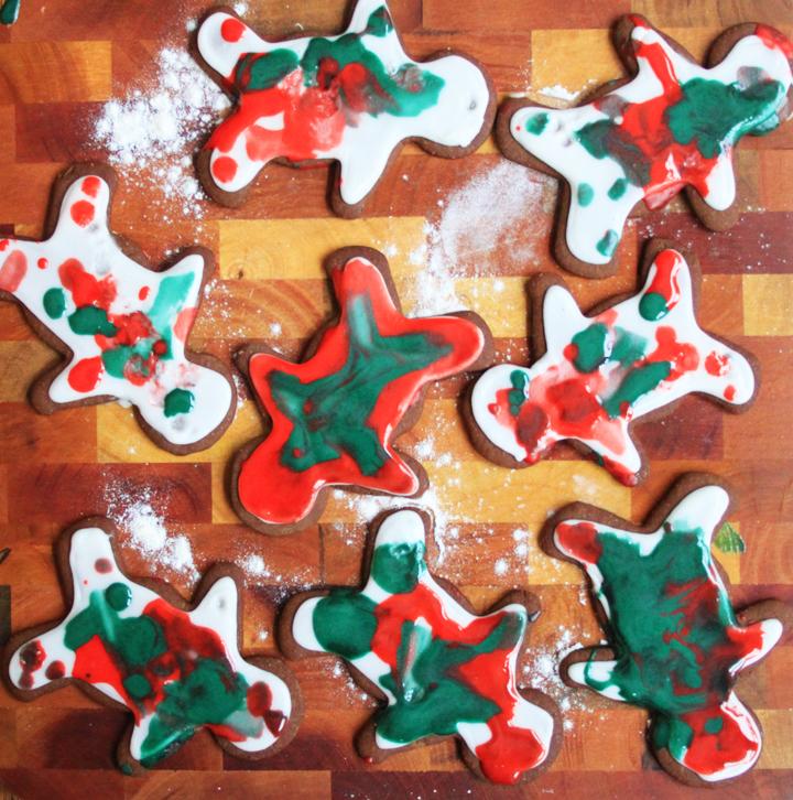 Gingerbread_Cookies_1.jpg