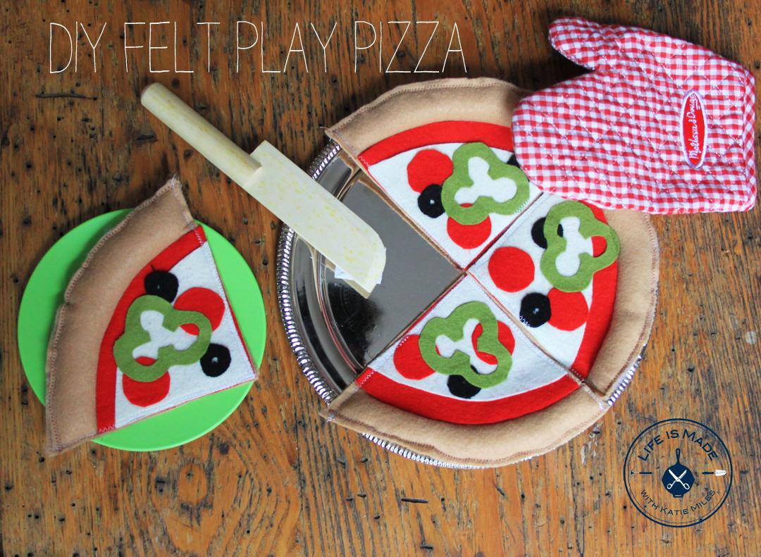 DIY Felt Play Pizza