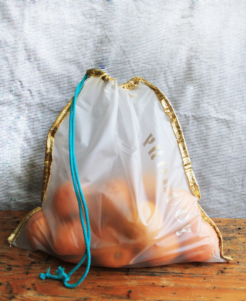 DIY Upcycled Produce Bag from a Shower Curtain