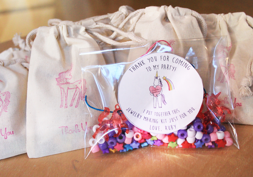 Unicorn Party Favor // Jewelry Making Kit // Life is Made with Katie Miles // www.lifeismade.com