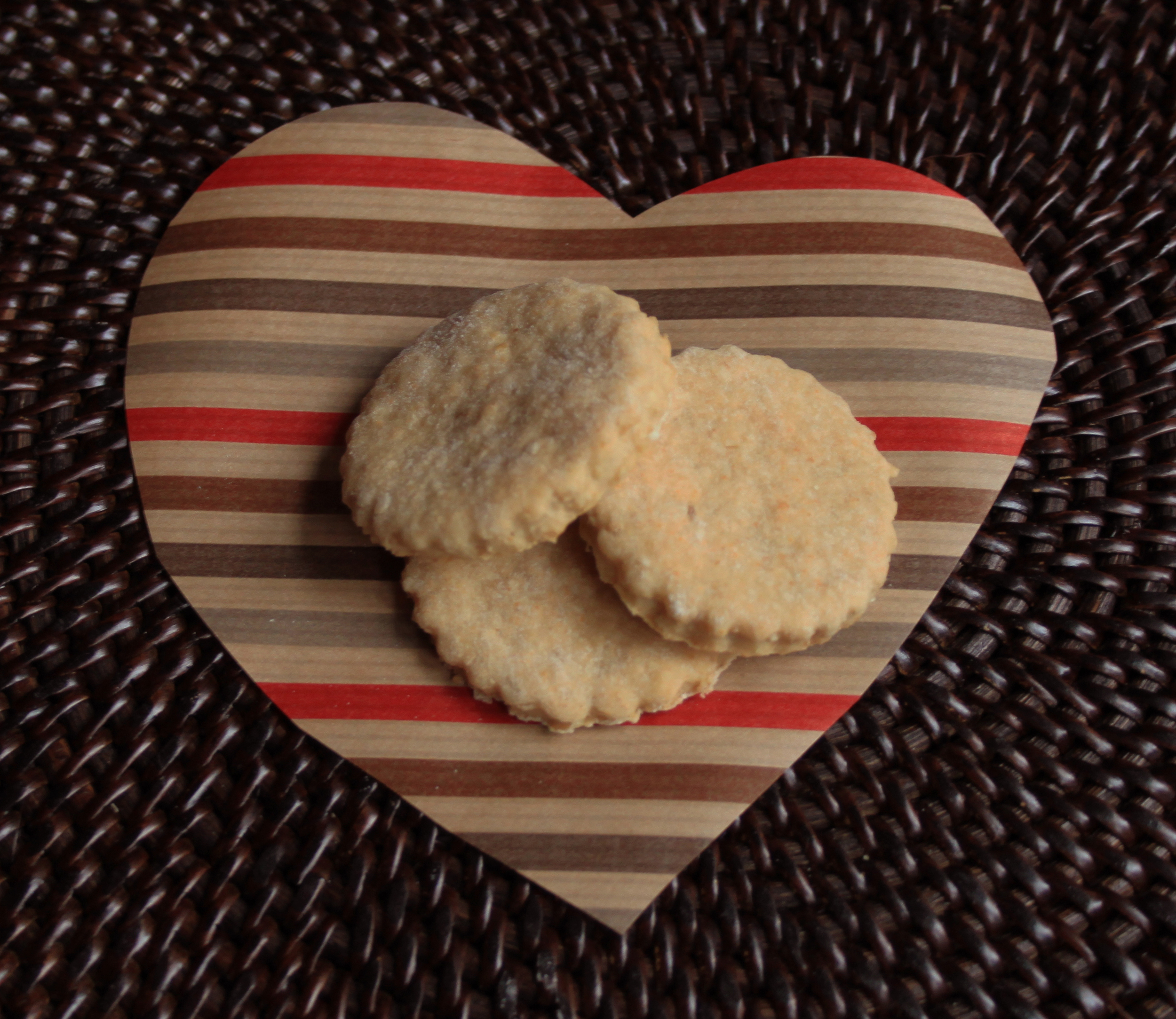 Homemade Teething Biscuits:  12 Transitional Foods for your 8 to 12 month old Baby // Life is Made with Katie Miles // www.lifeismade.com