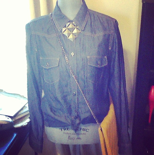 My mannequin of the week her name is L'amour. Isn't she beautiful!