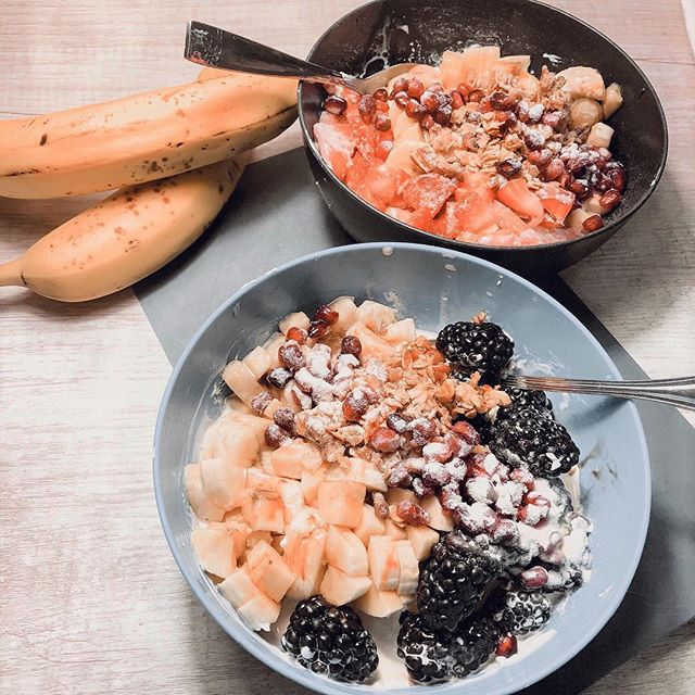 """B O W L S  just say the word and I'm all in!!! Oatmeal bowls, smoothie bowls, yogurt bowls, Buddha bowls, and the list goes on and on. This idea of making your healthy food fit into a bowl, have different textures and taste delicious was the key factor in me switching to the holistic lifestyle and stopping the spur of the moment freakout and v lining to the nearest McDonald's everyday. Yea that was me most of my life. ⠀⠀ These are all incredibly easy to meal prep in advance making those spontaneous fast food visits less likely. Garrett made these yogurt bowls for us the other day and it was so freaking good! I don't like the """"processes healthy"""" stuff on my plate I just want real food that tastes amazing. So here's to a holistic approach to health and healing.  I am not an expert my husband is the brains behind all of my wellness experiences and successes. He is up for hire if you feel like you need a holistic lifestyle coach. ⠀⠀ Today in stories I share my overnight oats and a deconstructed Buddha bowl! What is your favorite meal that makes you feel good afterward? . . . . .  #wellnessjourney #holisticwellness #holisticliving #mindfulliving #holisticlifestyle #holistichealth #cleanliving #wellnessblogger #wellnessblog #eeeeeats #onthetable #smartfoodchoices #homeschoolmama #homeschoolmom #givemeallthefood #healthymama"""