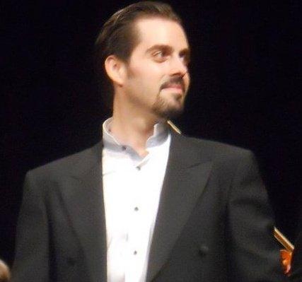 Belcore: Pedro Quiralte-Gomez