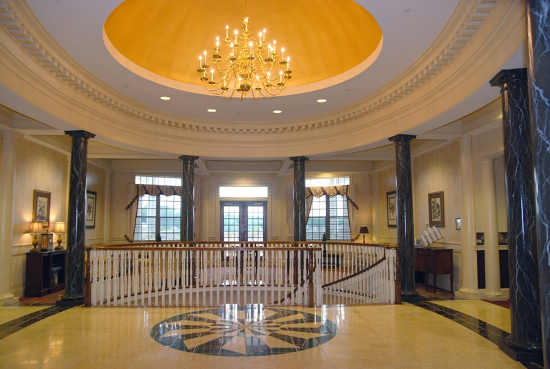 Colonial Heritage clubhouse.jpg
