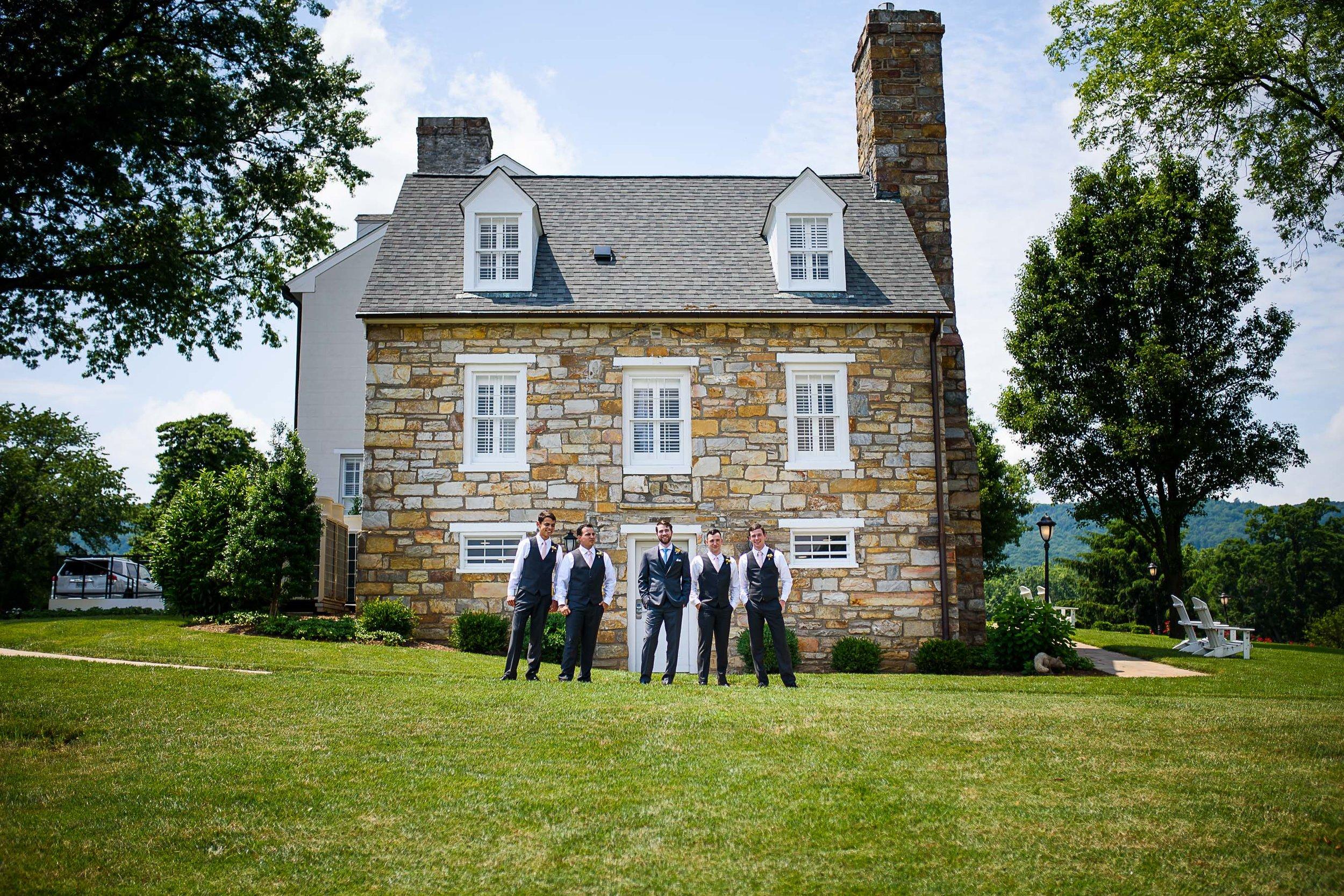 Evergreen Country Club wedding photos12.jpg