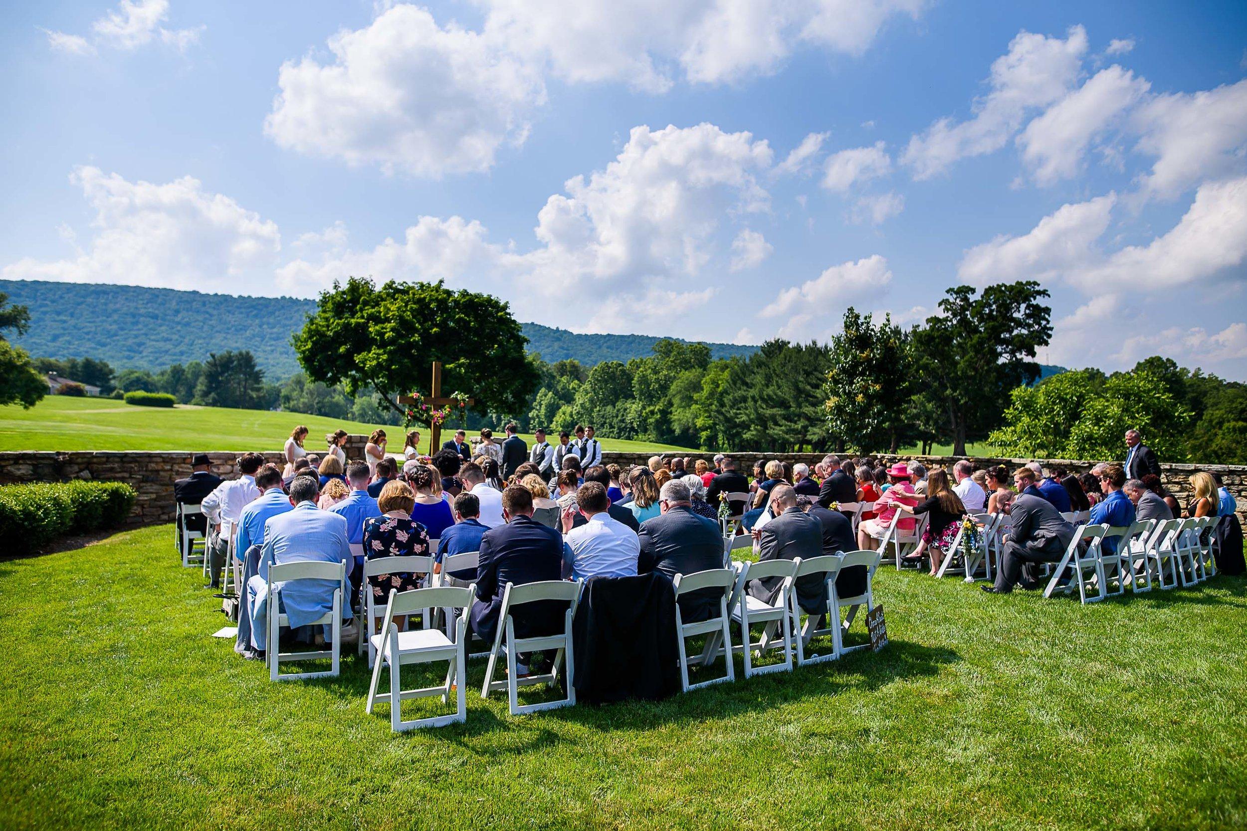 Evergreen Country Club wedding photos39.jpg