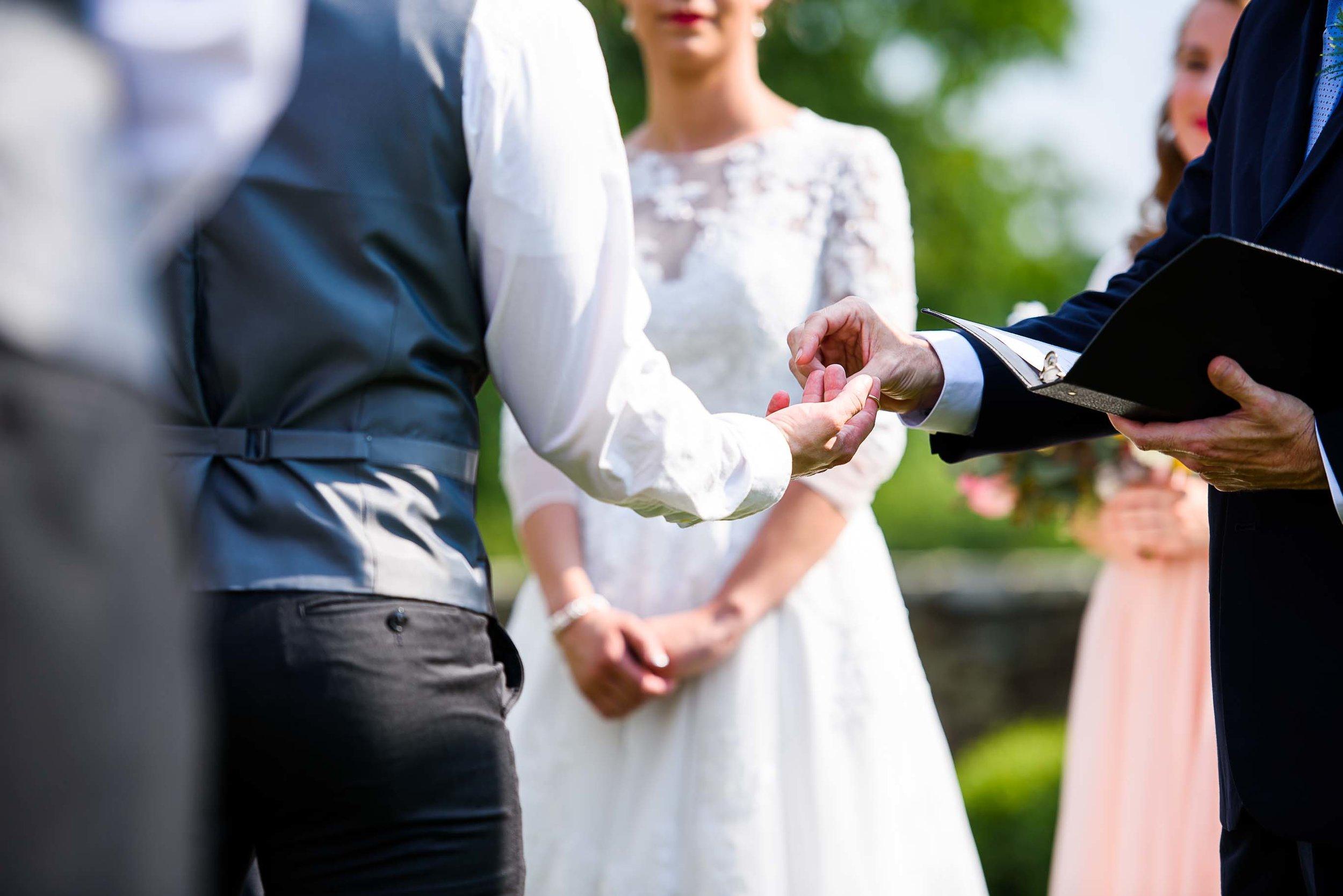 Evergreen Country Club wedding photos44.jpg