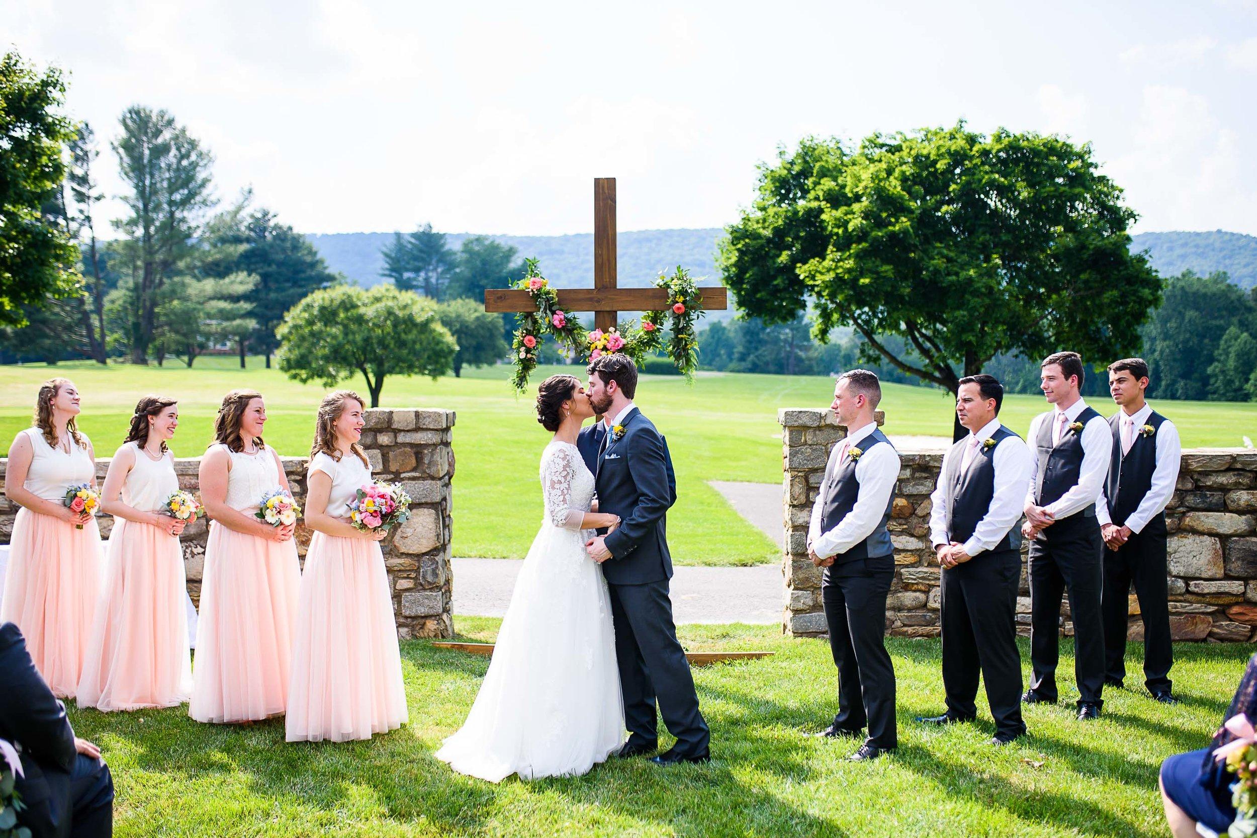 Evergreen Country Club wedding photos47.jpg