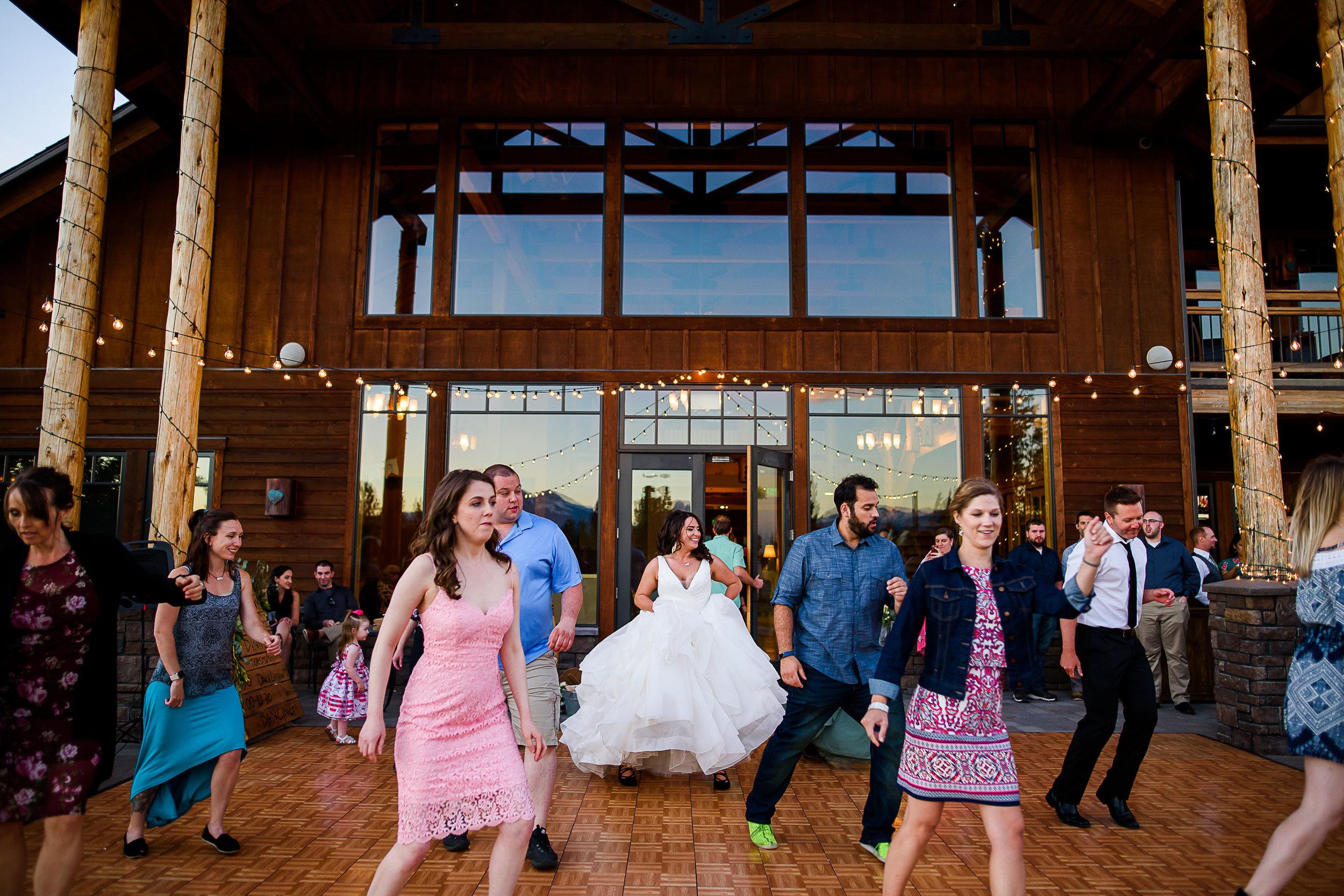 Aspen Lakes Lodge Wedding Photos Peter Mahar Photography 101.jpg