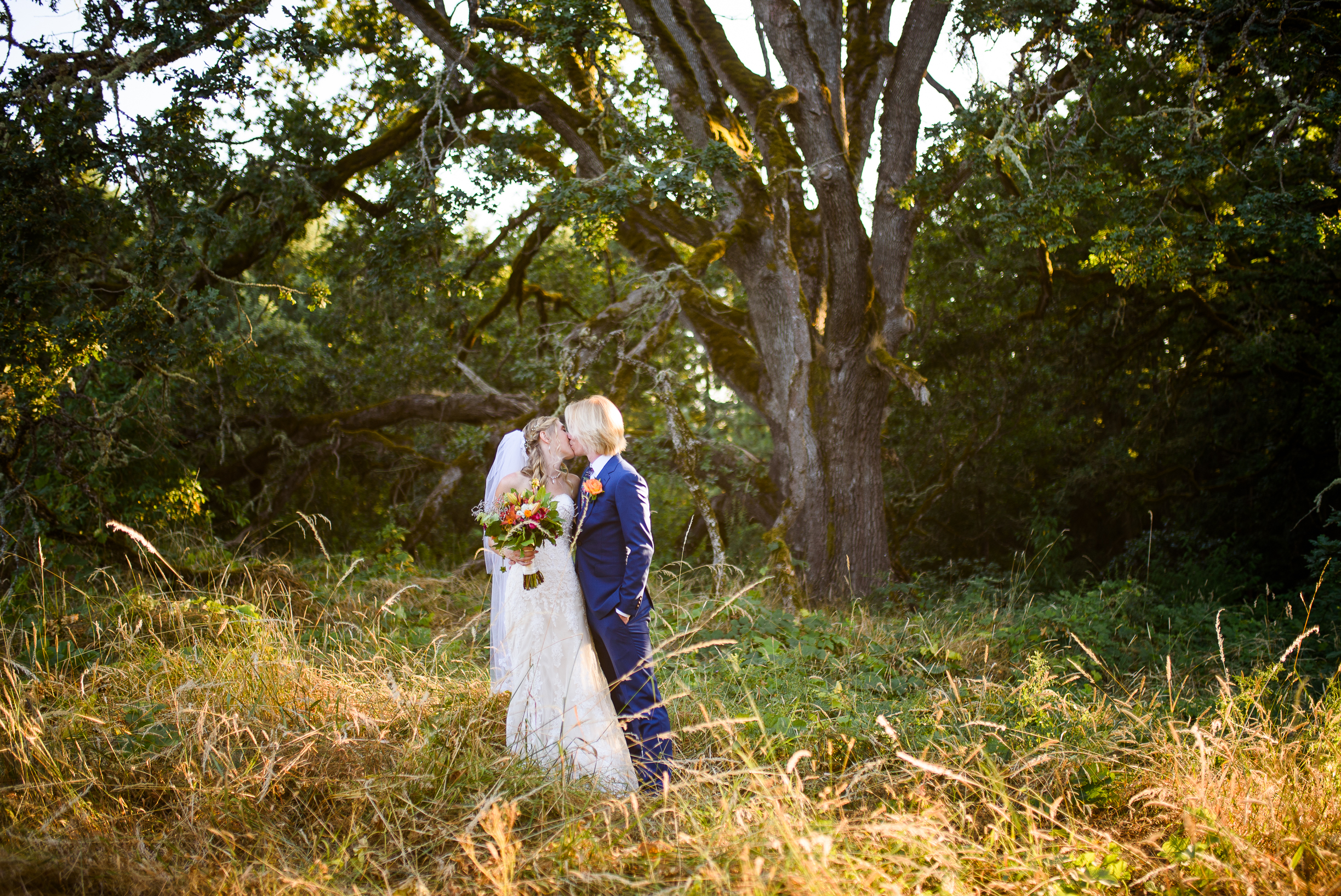 Oregon Gardens Wedding Photos (35 of 86).jpg