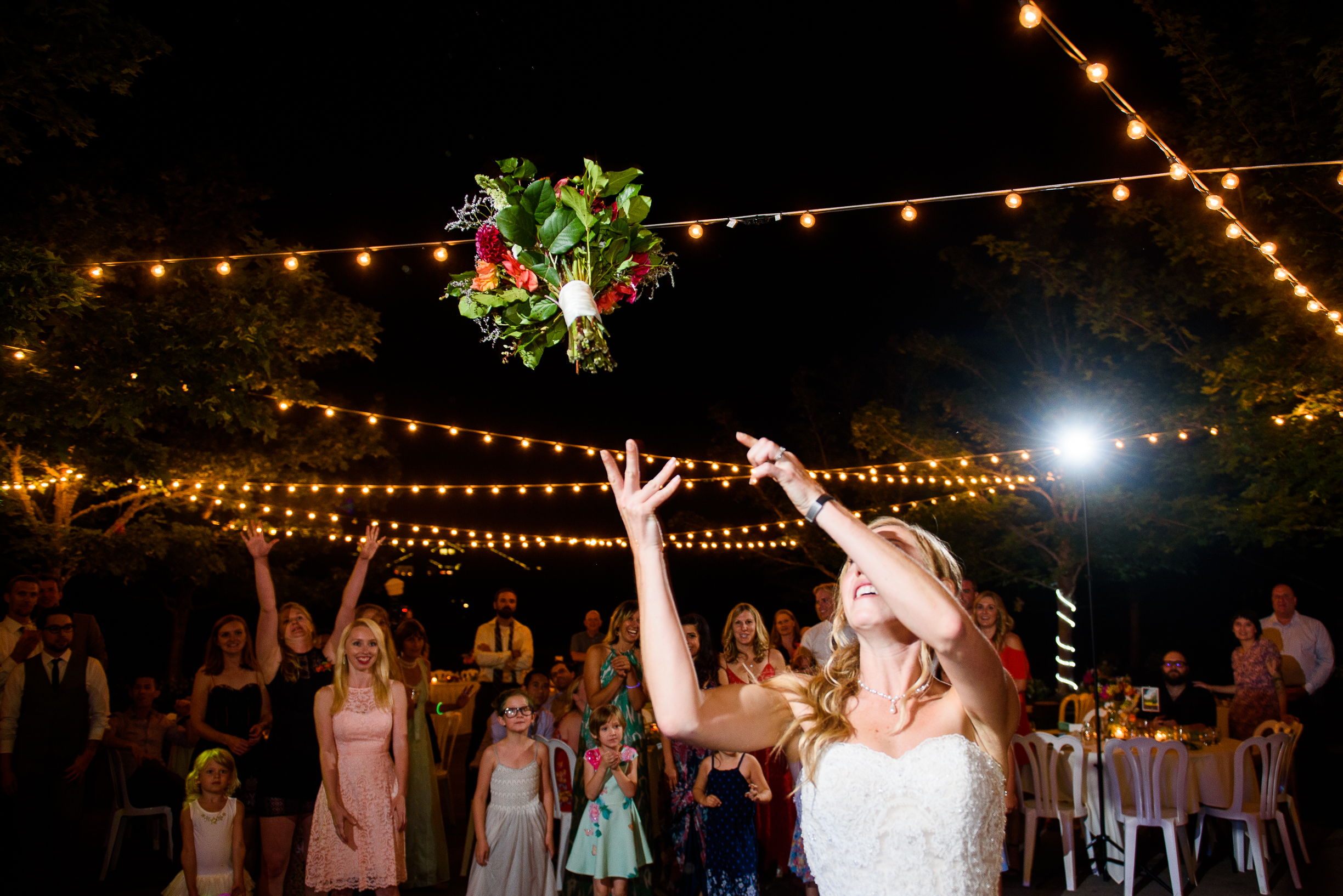Oregon Gardens Wedding Photos (80 of 86).jpg