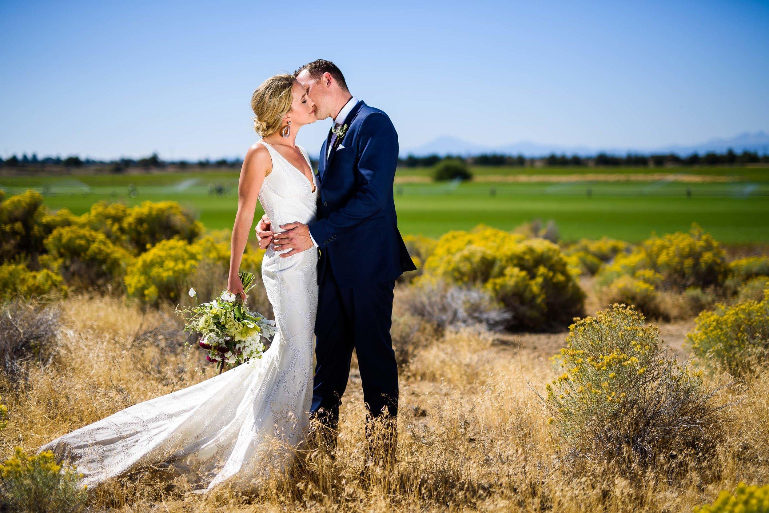 Central Oregon Wedding 142.jpg
