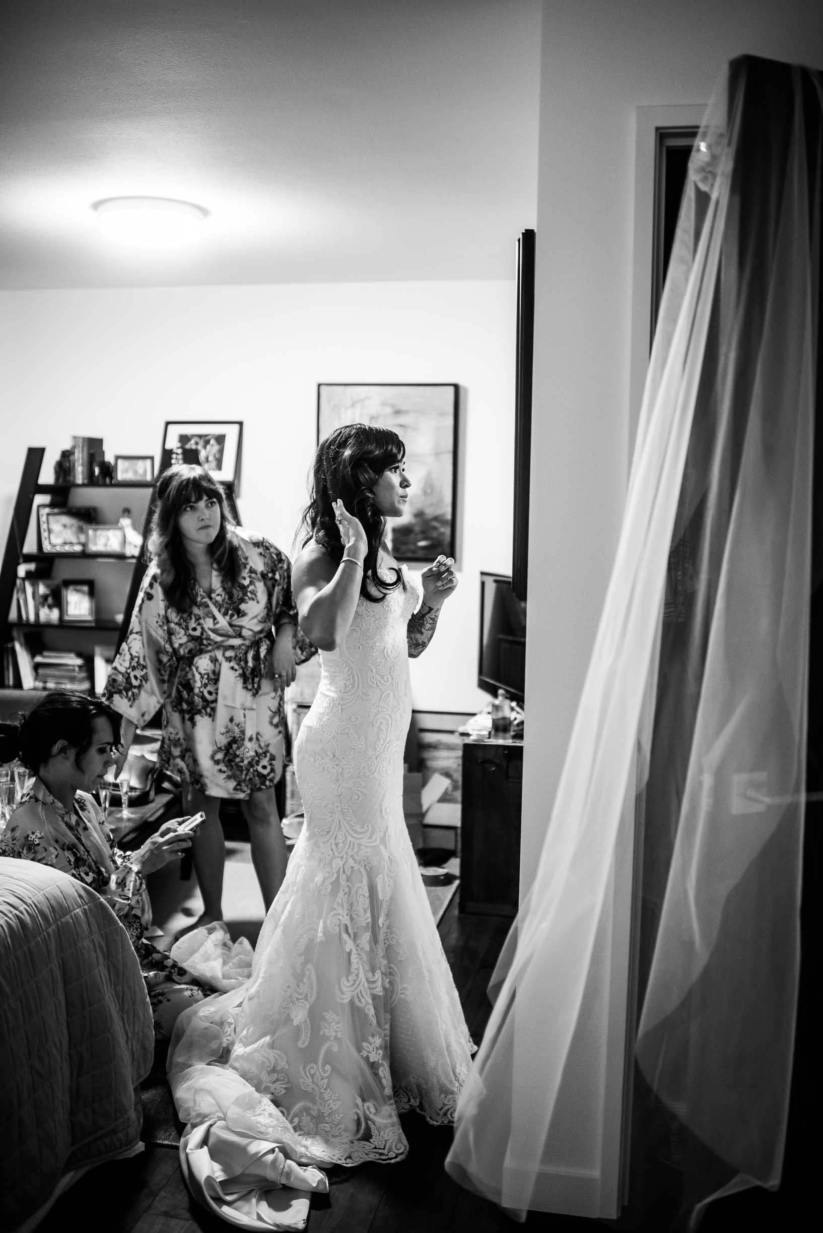 PORTLAND INTAMATE BACKYARD WEDDING 14.jpg