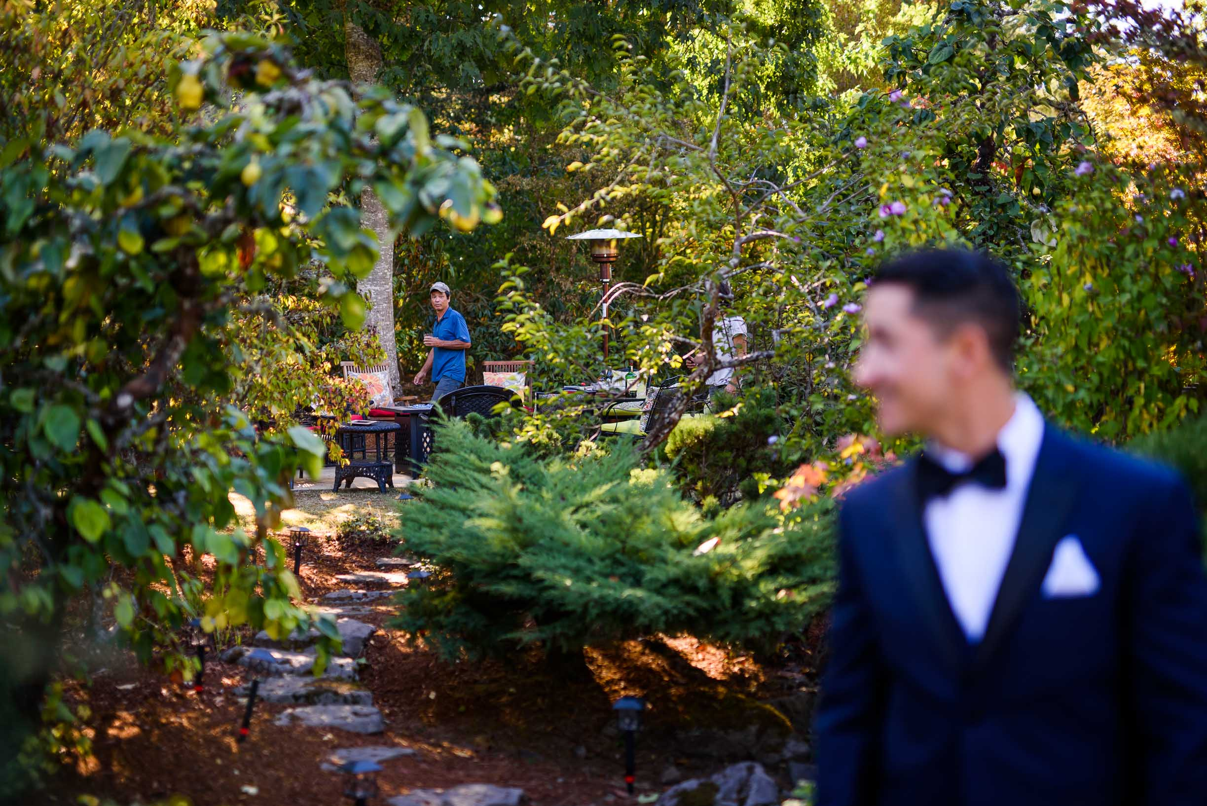 PORTLAND INTAMATE BACKYARD WEDDING 15.jpg
