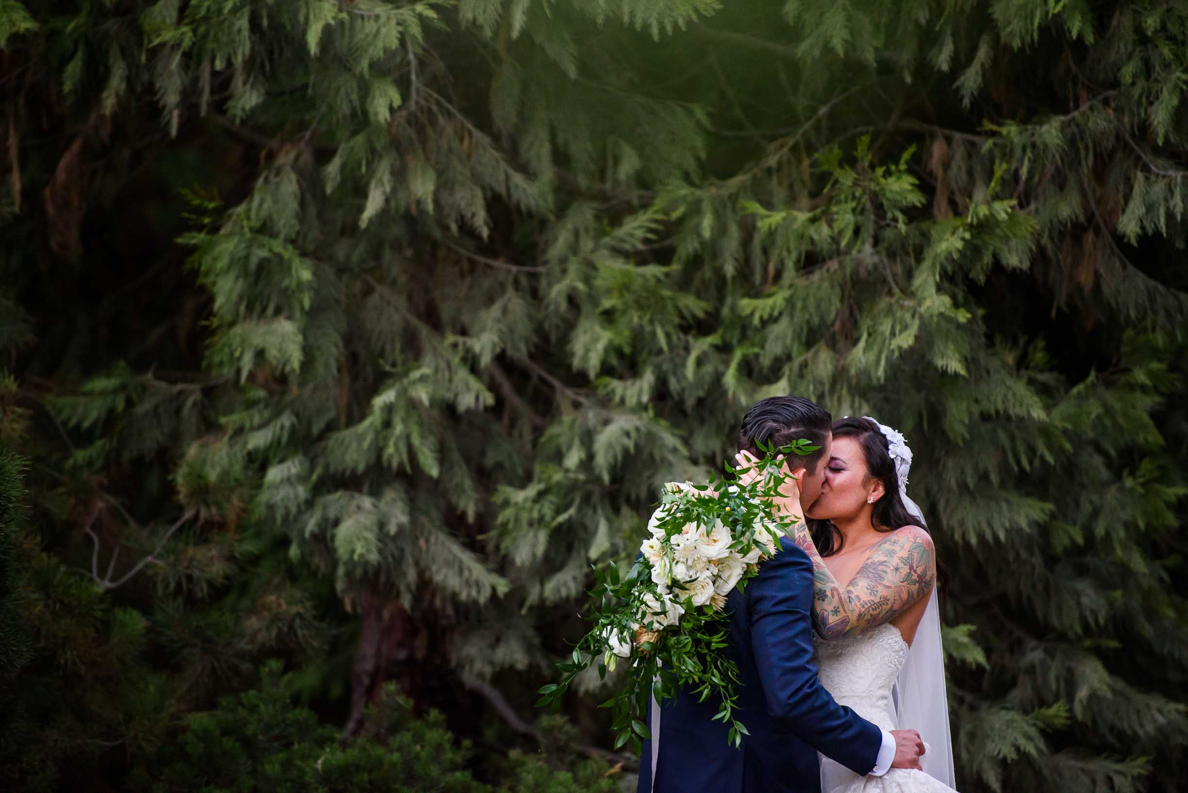 PORTLAND INTiMATE BACKYARD WEDDING 8.jpg