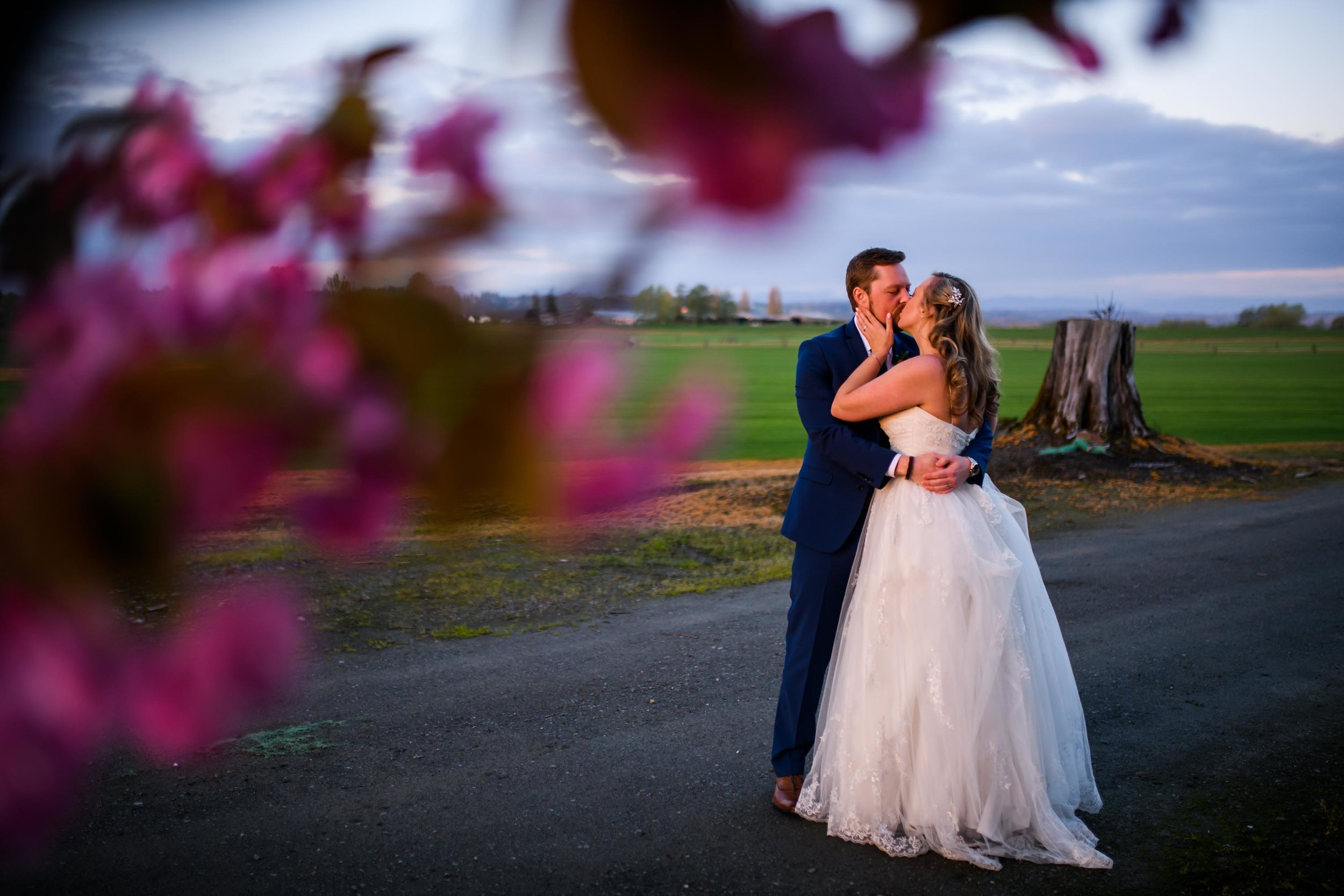 Hidden Meadows - Snohomish Wedding Photos 107.jpg